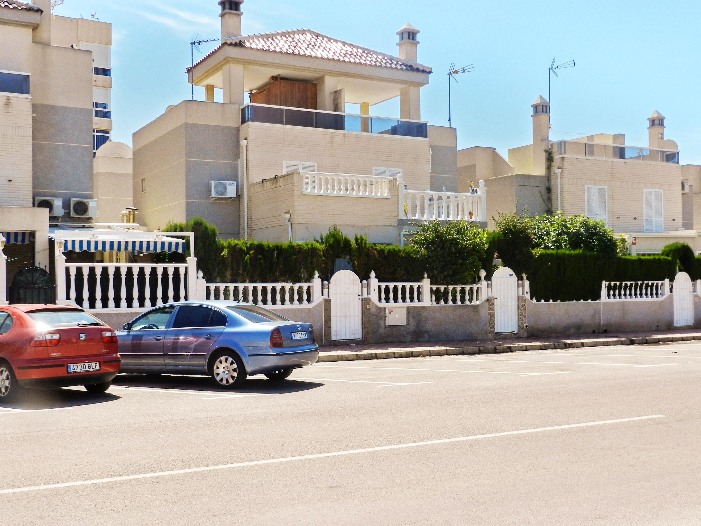 Maison de vacances Haus mit 2 Schlafzimmern in Torrevieja, Alicante mit schöner Aussicht auf die Stadt, Pool, (2201630), Torrevieja, Costa Blanca, Valence, Espagne, image 25