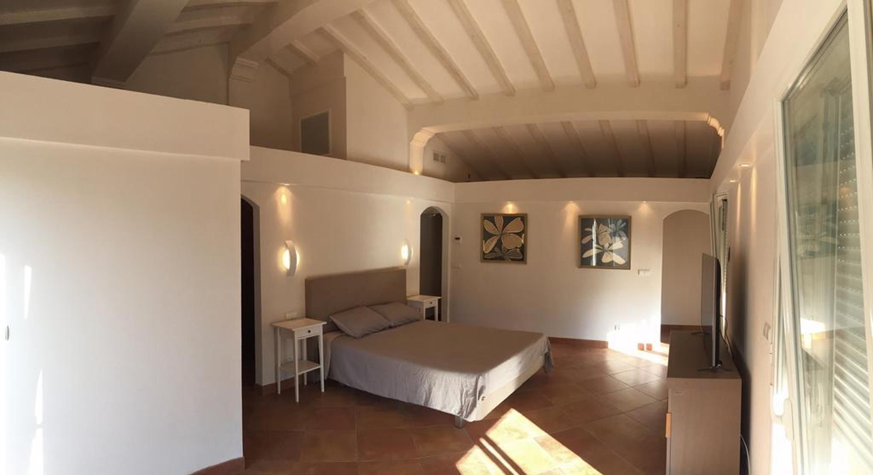 Maison de vacances Villa mit 5 Schlafzimmern in Rayol-Canadel-sur-Mer mit toller Aussicht auf die Berge, priv (2201555), Le Lavandou, Côte d'Azur, Provence - Alpes - Côte d'Azur, France, image 18