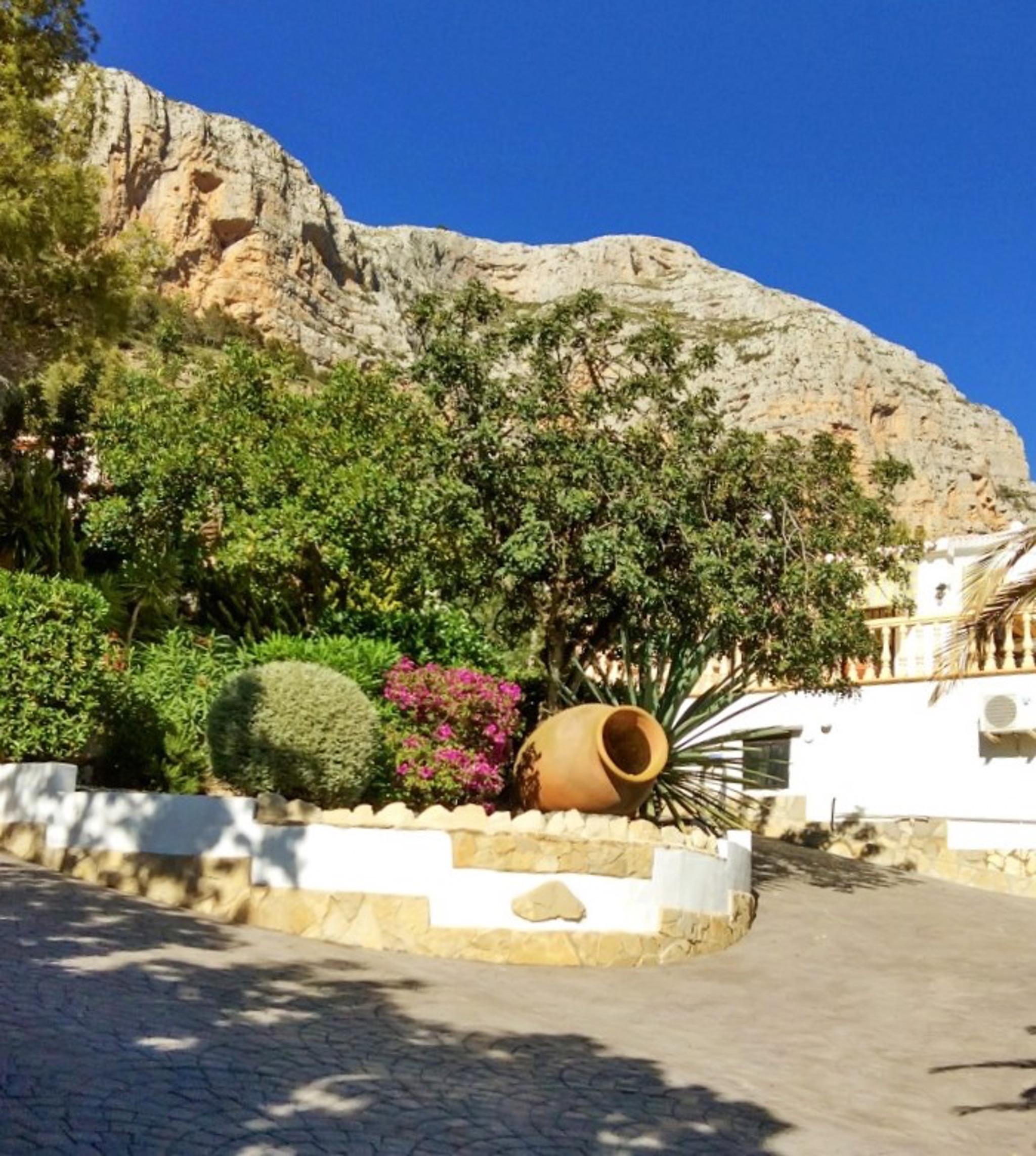 Ferienhaus Geräumige Villa mit fünf Schlafzimmer in Javea mit möblierter Terrasse, Pool und toller Au (2201168), Jávea, Costa Blanca, Valencia, Spanien, Bild 19