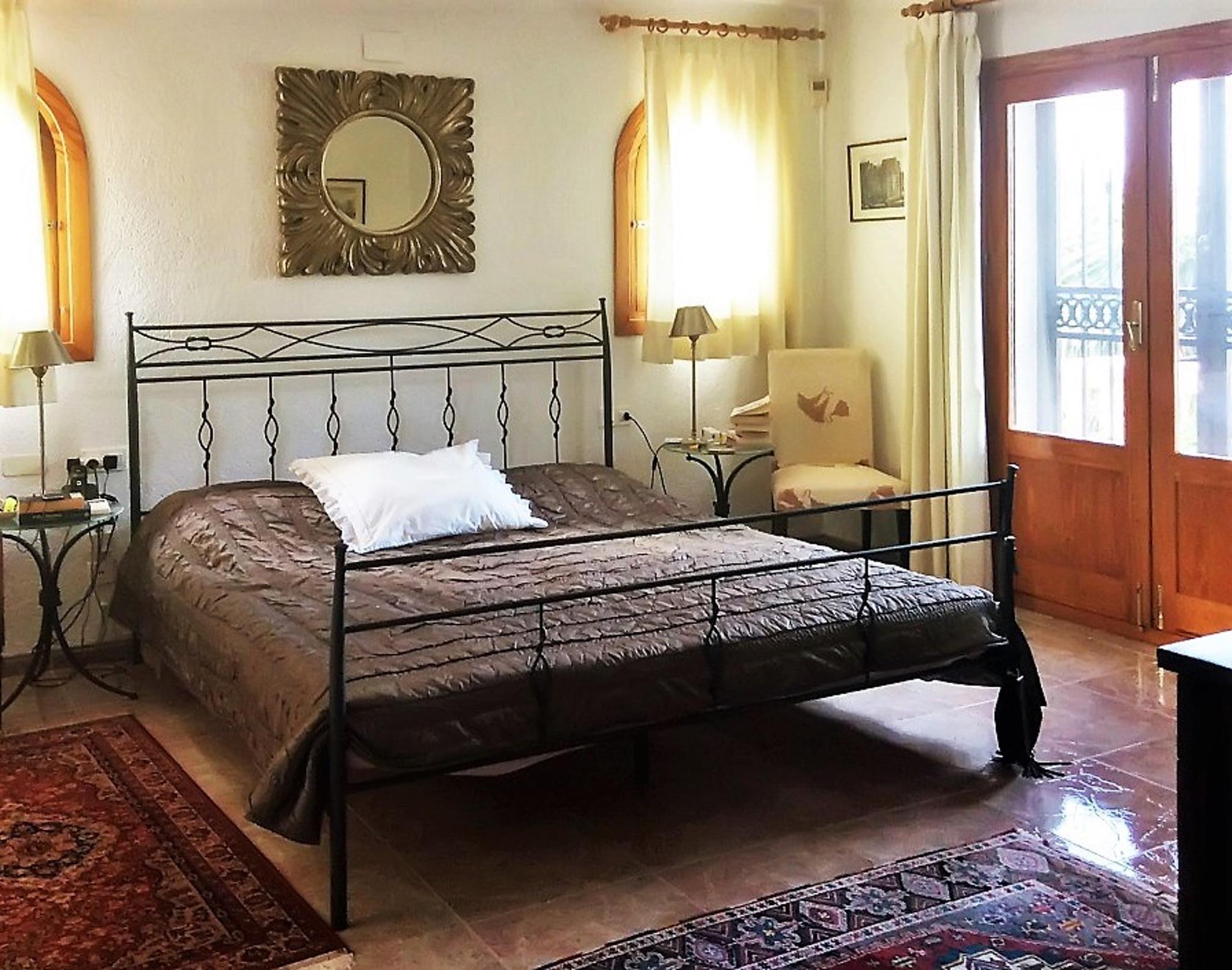 Ferienhaus Geräumige Villa mit fünf Schlafzimmer in Javea mit möblierter Terrasse, Pool und toller Au (2201168), Jávea, Costa Blanca, Valencia, Spanien, Bild 10