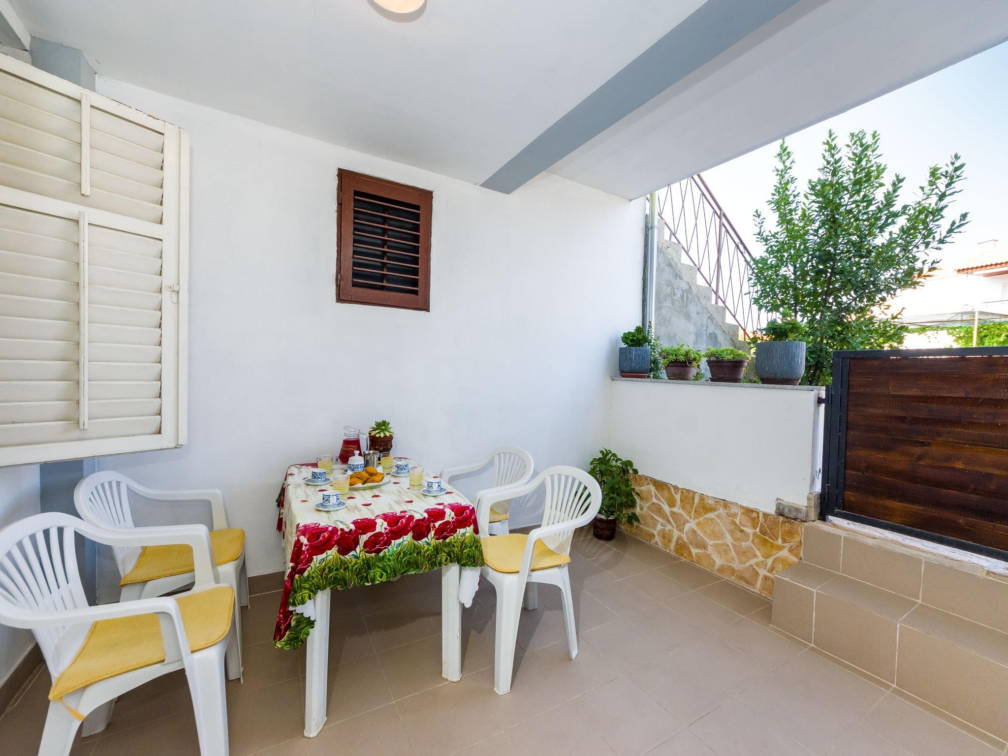 Holiday apartment Wohnung mit einem Zimmer in Zadar mit eingezäuntem Garten und W-LAN - 1 km vom Strand entf (2201234), Zadar, , Dalmatia, Croatia, picture 16