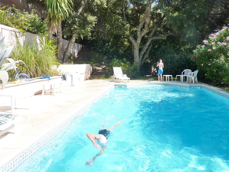 Ferienhaus Villa mit 5 Schlafzimmern in La Croix-Valmer mit privatem Pool, eingezäuntem Garten und W- (2201685), La Croix Valmer, Côte d'Azur, Provence - Alpen - Côte d'Azur, Frankreich, Bild 4