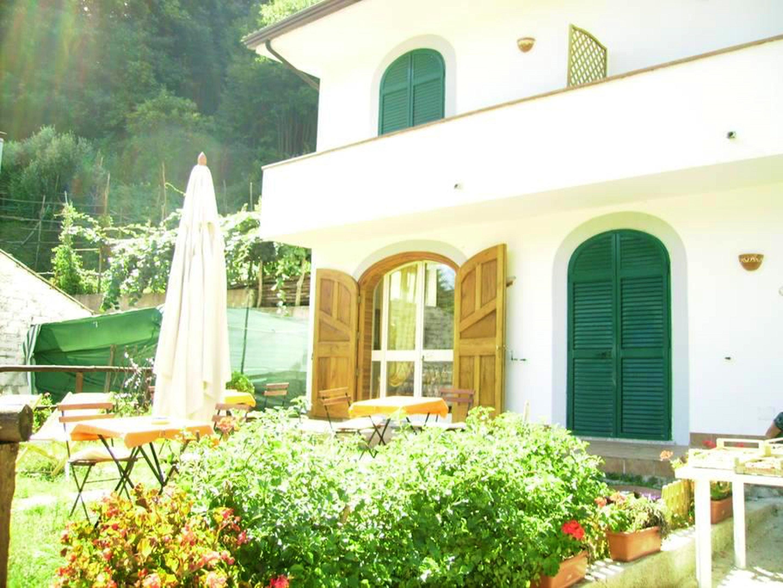 Ferienhaus Haus mit 3 Schlafzimmern in Tramonti mit toller Aussicht auf die Berge, eingezäuntem Garte (2591647), Tramonti, Salerno, Kampanien, Italien, Bild 1