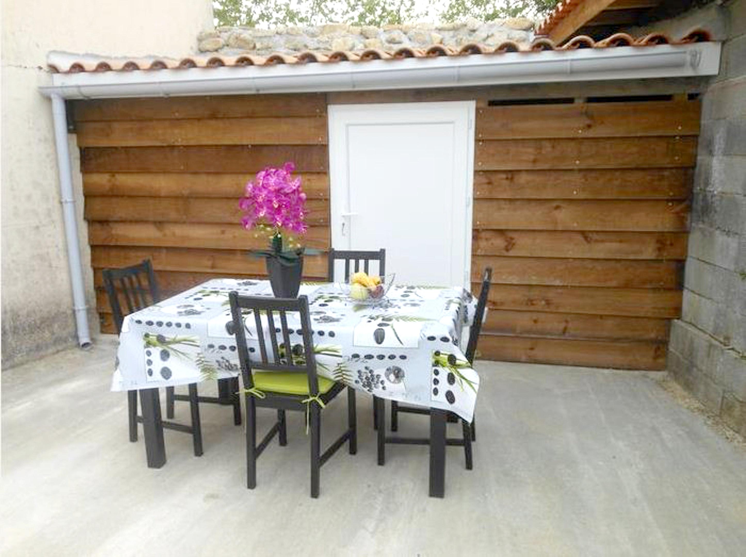 Maison de vacances Haus mit 3 Schlafzimmern in Blaye mit eingezäuntem Garten und W-LAN (2412383), Blaye, Gironde, Aquitaine, France, image 2