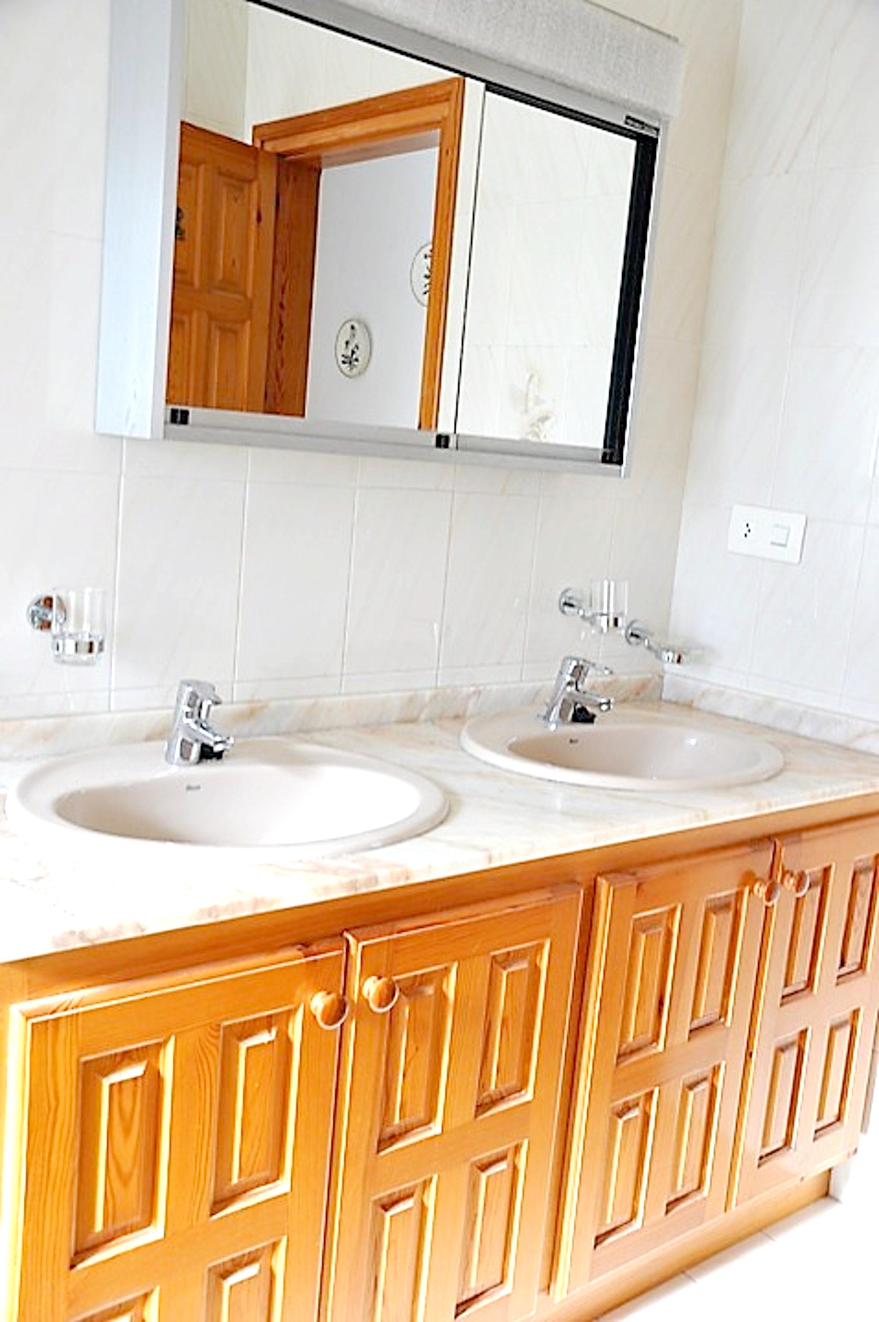 Ferienhaus Villa mit 3 Schlafzimmern in Ampolla mit herrlichem Meerblick, privatem Pool, möbliertem G (2201036), L'Ampolla, Costa Dorada, Katalonien, Spanien, Bild 25