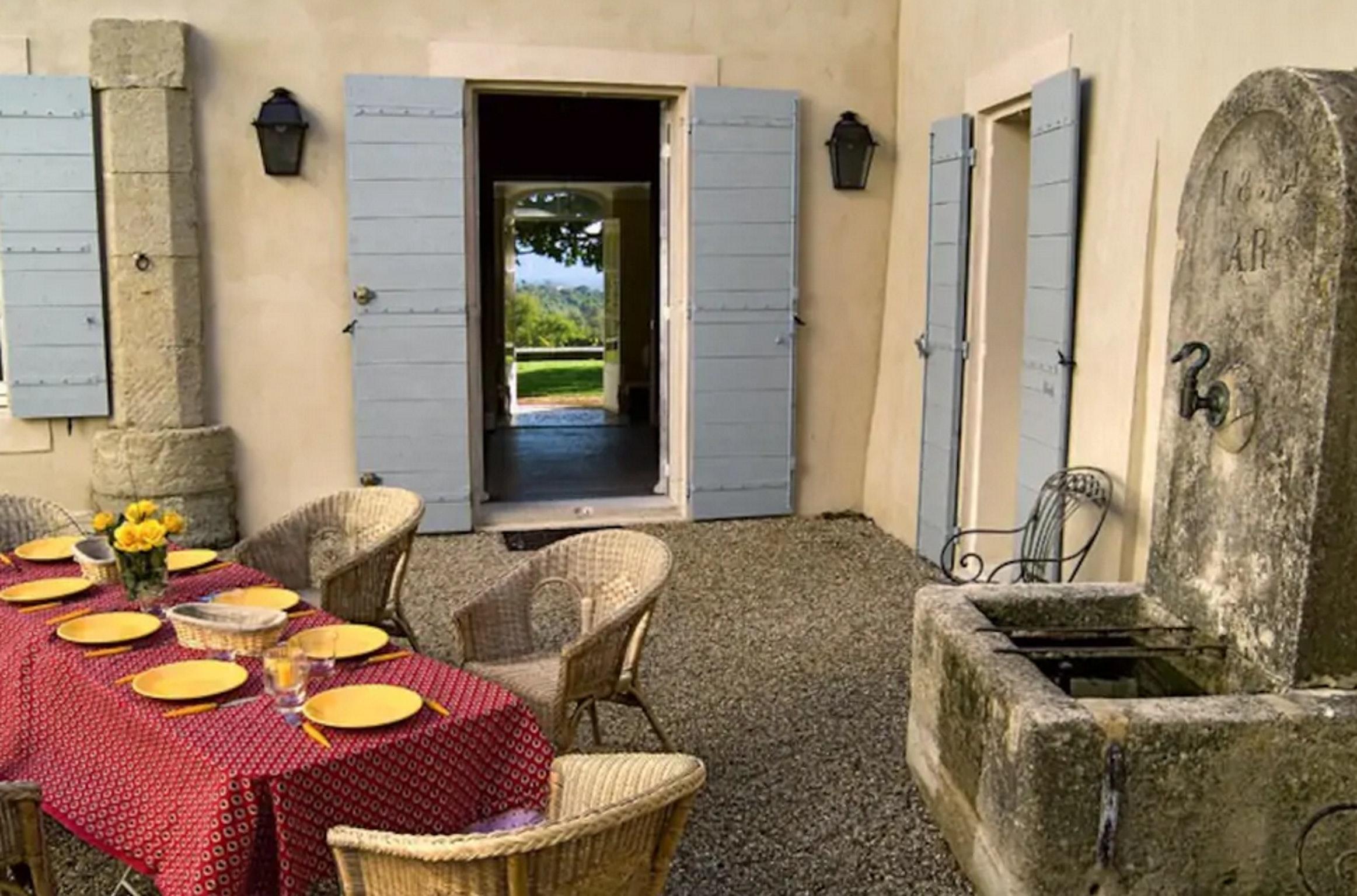 Maison de vacances Villa mit 6 Schlafzimmern in L'Isle-sur-la-Sorgue mit privatem Pool, möbliertem Garten und (2647203), L'Isle sur la Sorgue, Vaucluse, Provence - Alpes - Côte d'Azur, France, image 56