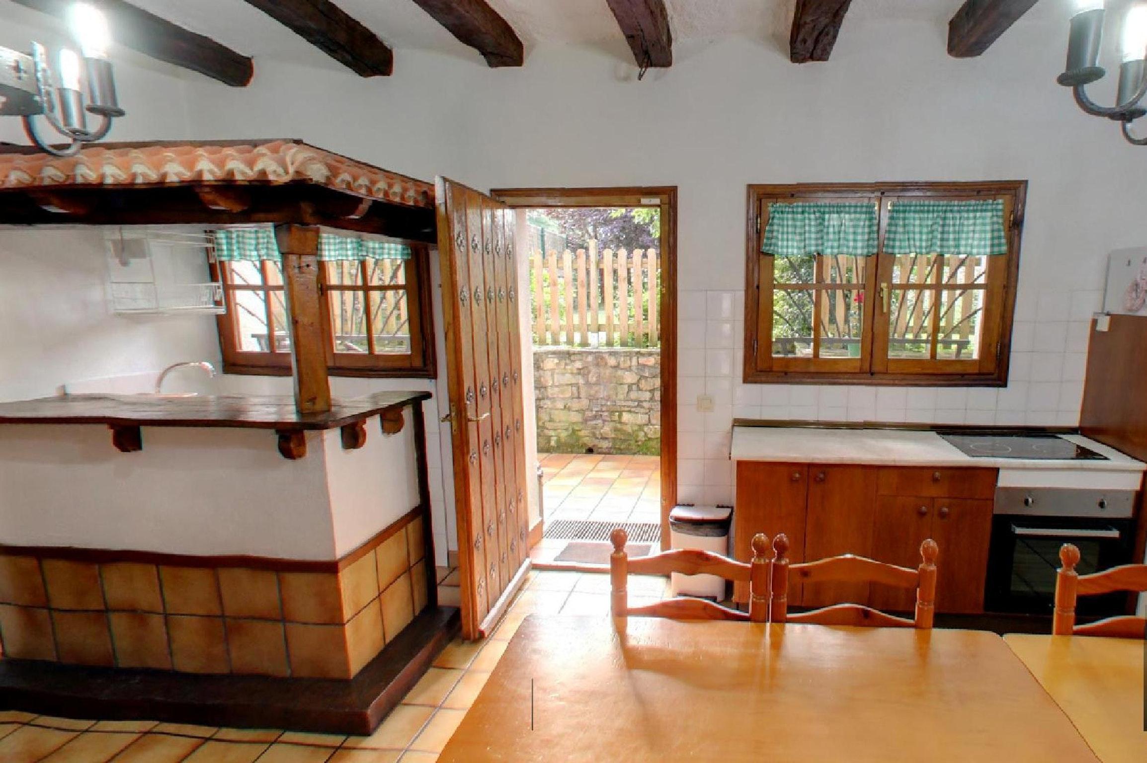 Ferienhaus Haus mit 6 Schlafzimmern in Lizaso mit eingezäuntem Garten und W-LAN - 500 m vom Strand en (2599807), Lizaso, , Navarra, Spanien, Bild 10