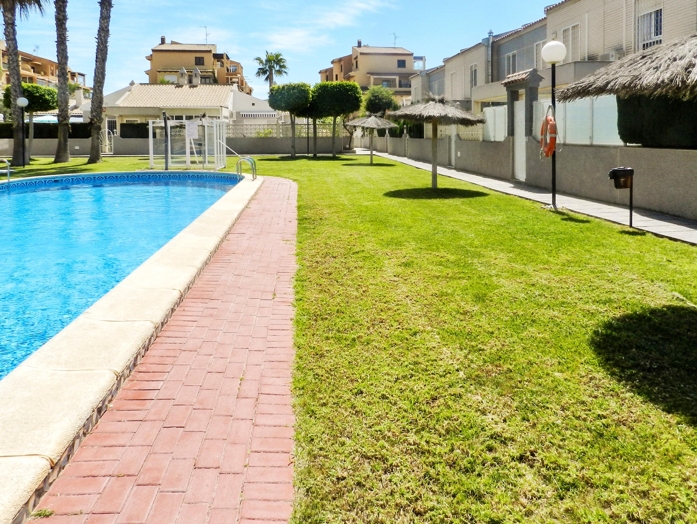 Maison de vacances Haus mit 2 Schlafzimmern in Torrevieja, Alicante mit schöner Aussicht auf die Stadt, Pool, (2201630), Torrevieja, Costa Blanca, Valence, Espagne, image 51
