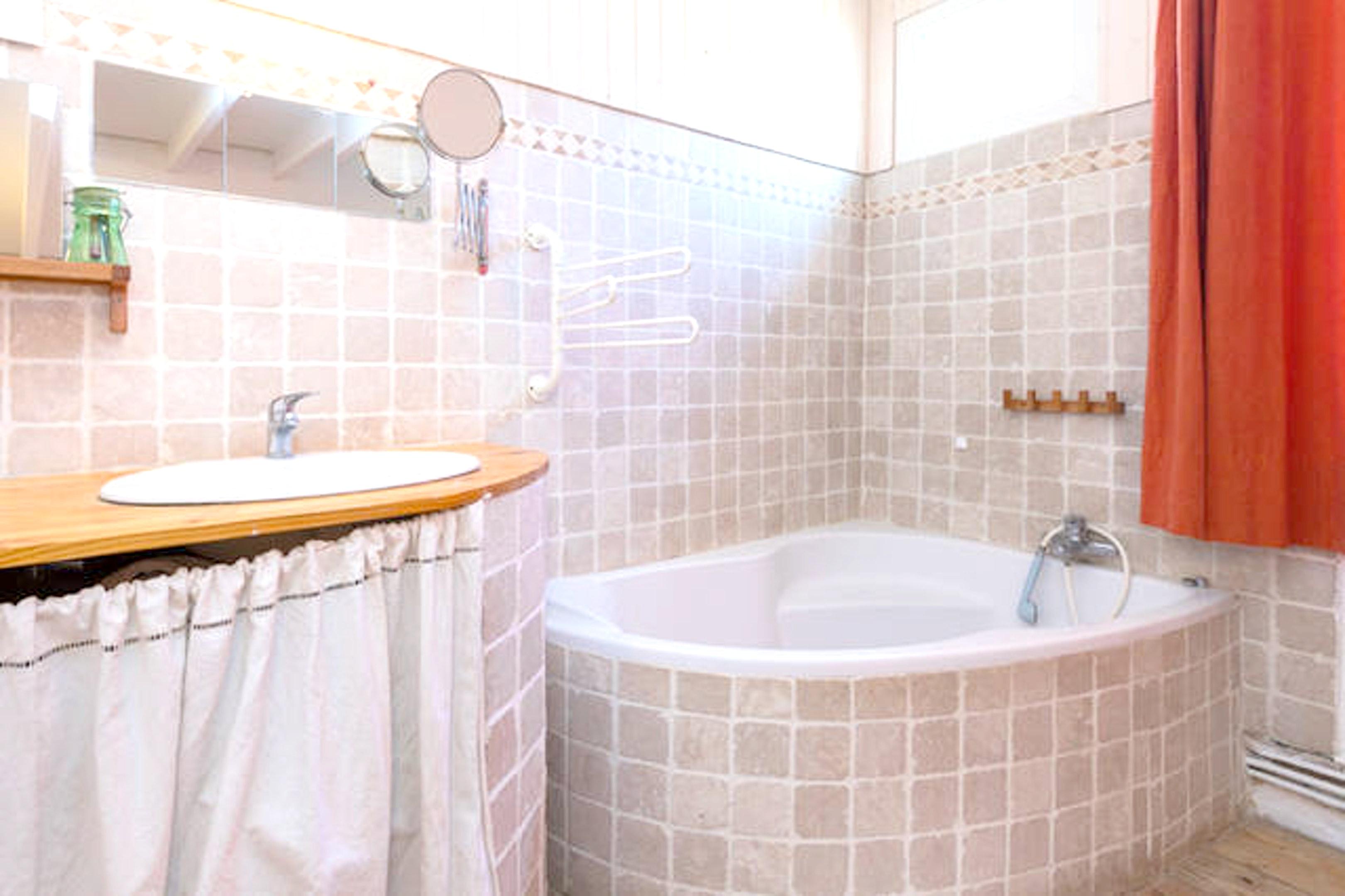 Holiday house Haus mit 2 Schlafzimmern in Avignon mit möblierter Terrasse und W-LAN (2407253), Avignon, Vaucluse, Provence - Alps - Côte d'Azur, France, picture 11