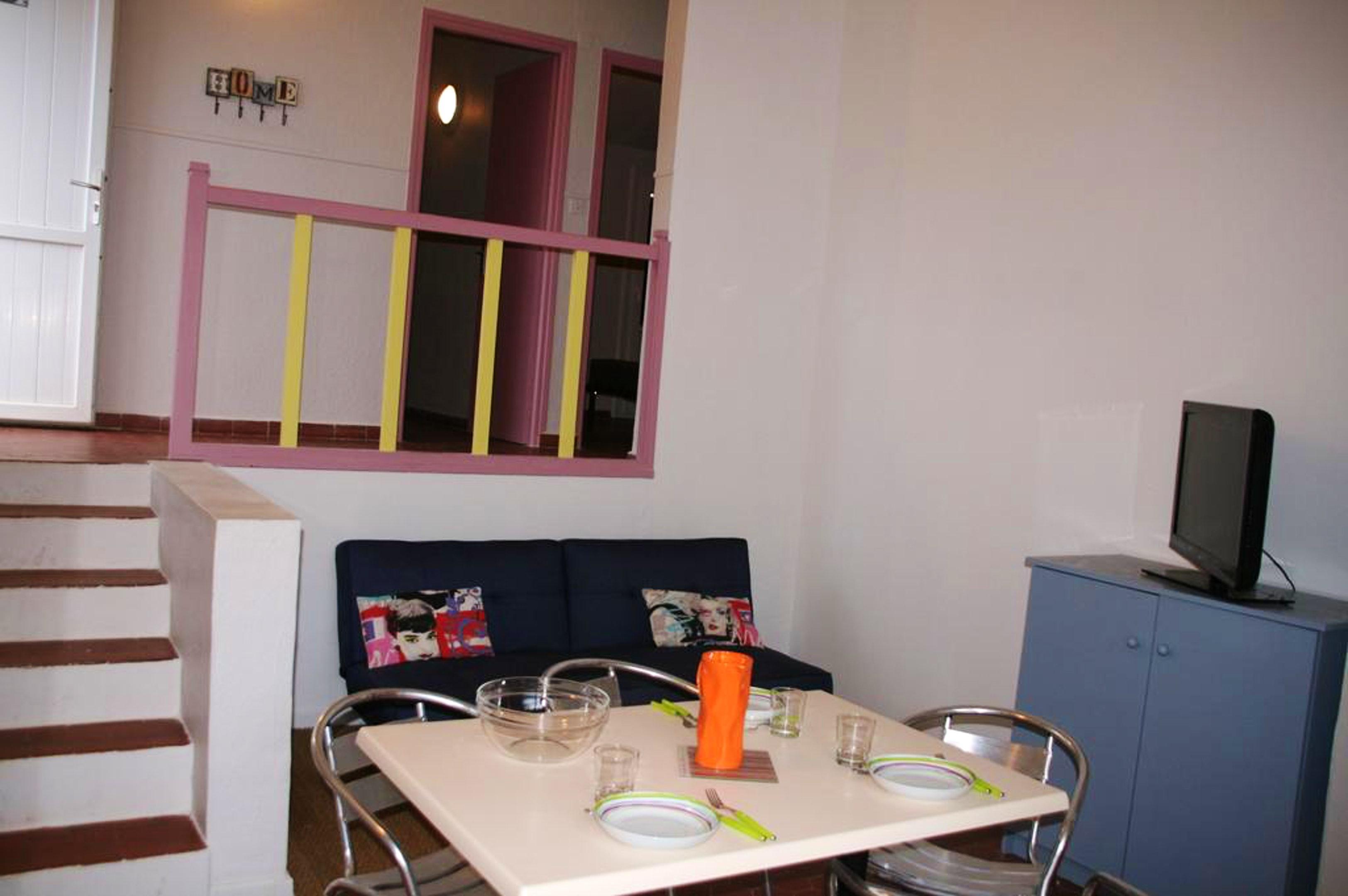Ferienhaus Haus mit 2 Schlafzimmern in Puy-l'Évêque mit Pool, eingezäuntem Garten und W-LAN (2701052), Puy l'Évêque, Lot, Midi-Pyrénées, Frankreich, Bild 2
