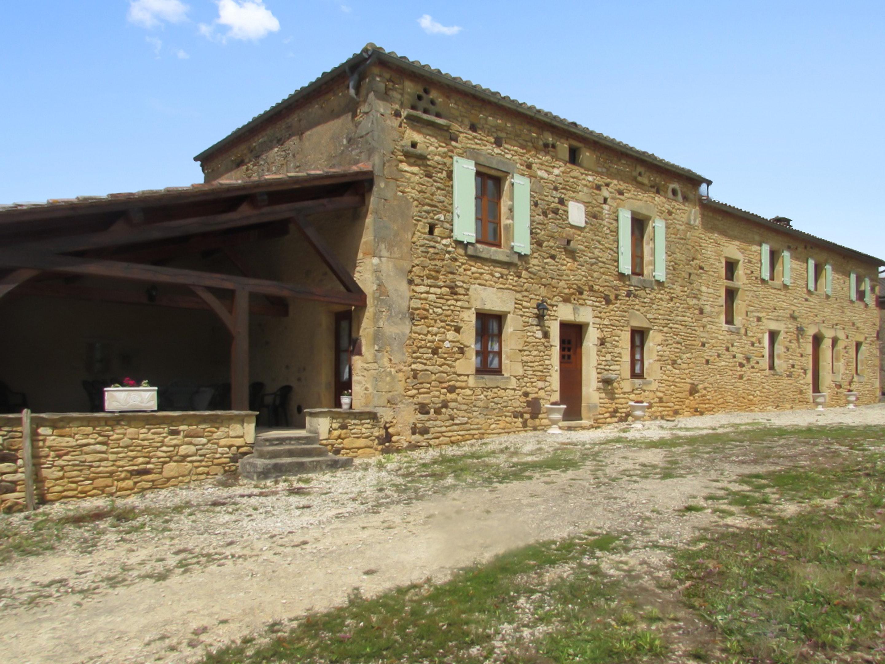 Villa mit 4 Schlafzimmern in Soulaures mit Innenpo Villa