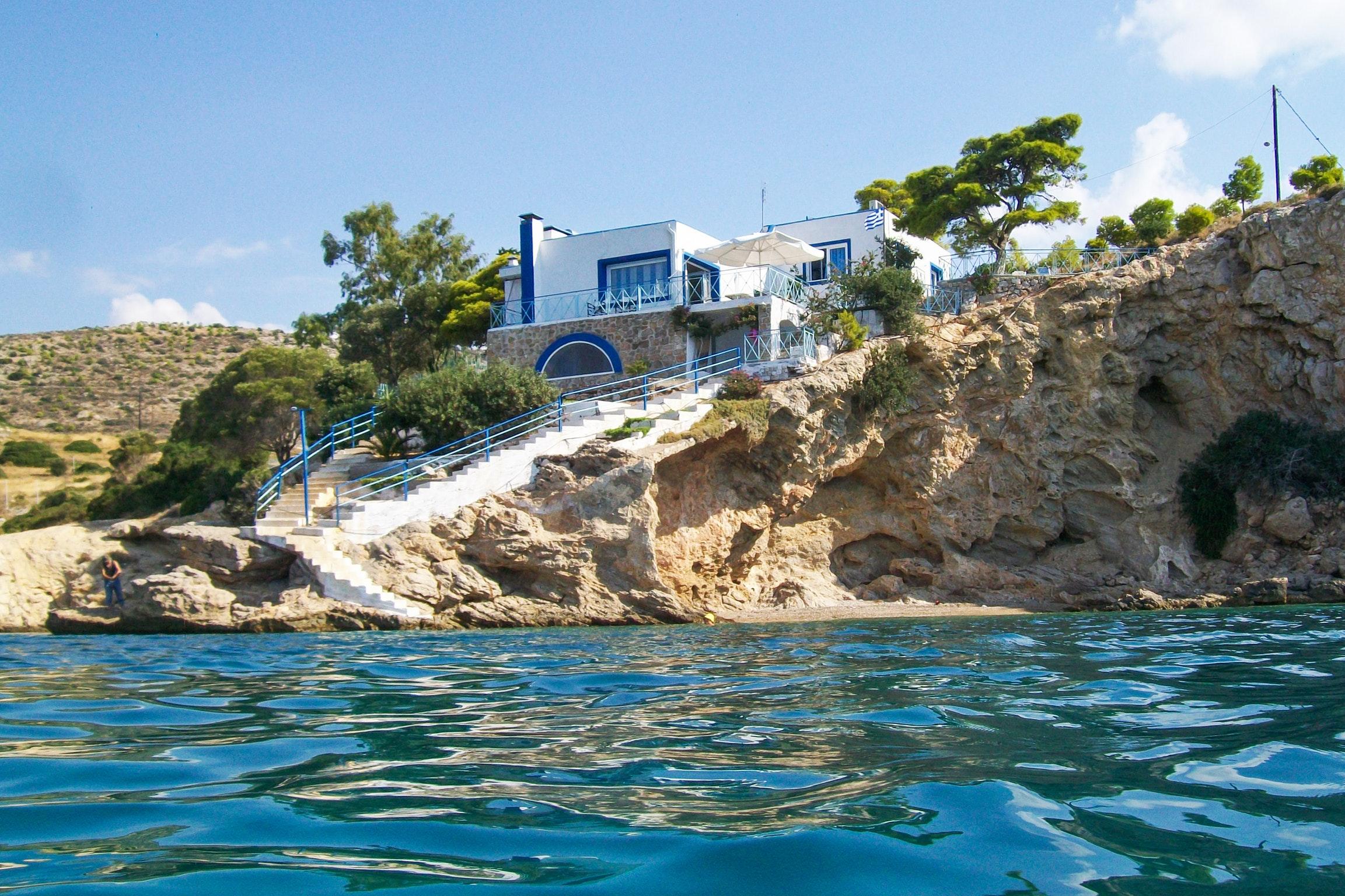 Holiday house Luxuriöse Villa in Megara direkt am Meer, mit wunderschöner Aussicht und möbliertem Balkon (2294781), Megara, , Attica, Greece, picture 1