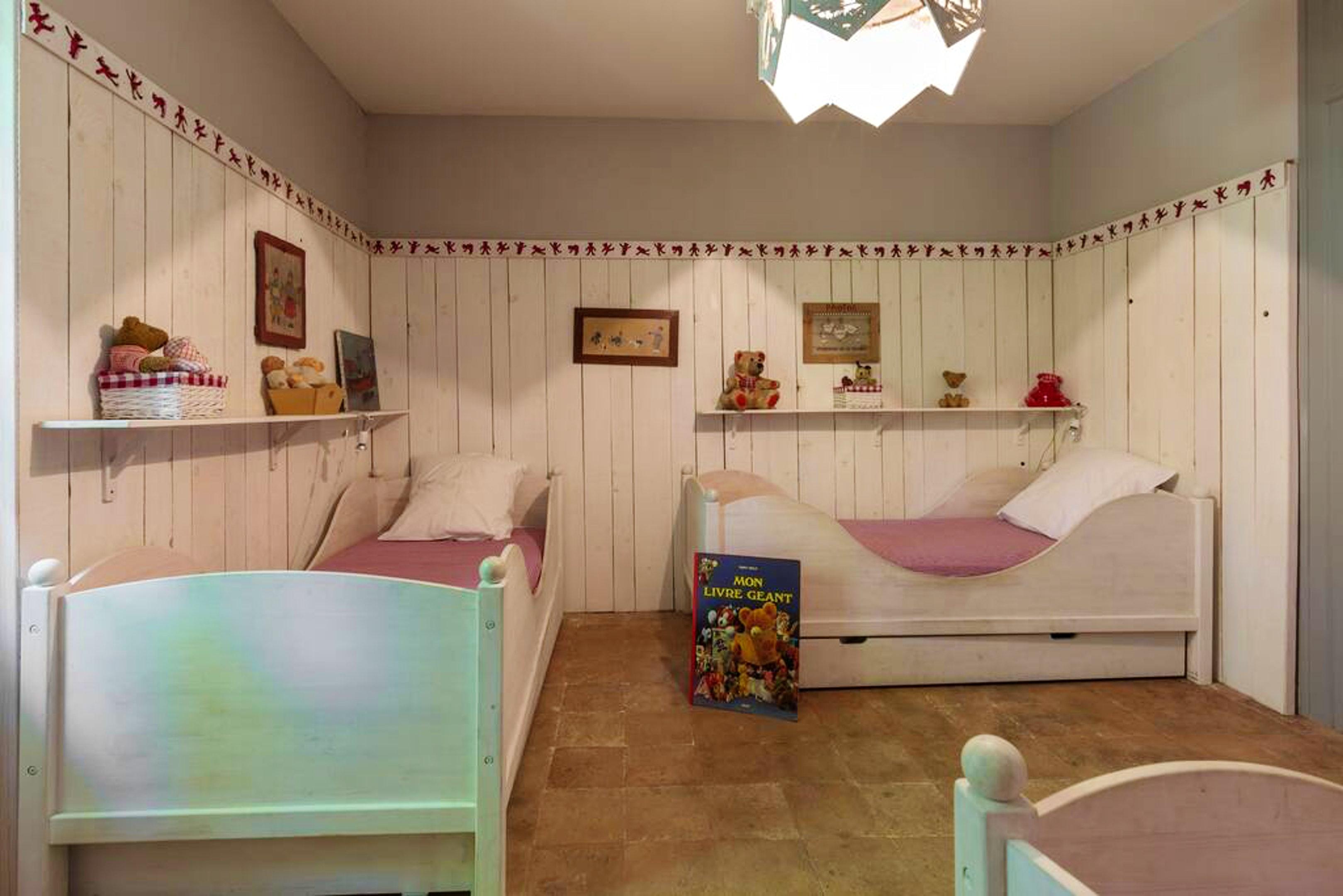Maison de vacances Villa mit 6 Schlafzimmern in L'Isle-sur-la-Sorgue mit privatem Pool, möbliertem Garten und (2647203), L'Isle sur la Sorgue, Vaucluse, Provence - Alpes - Côte d'Azur, France, image 36