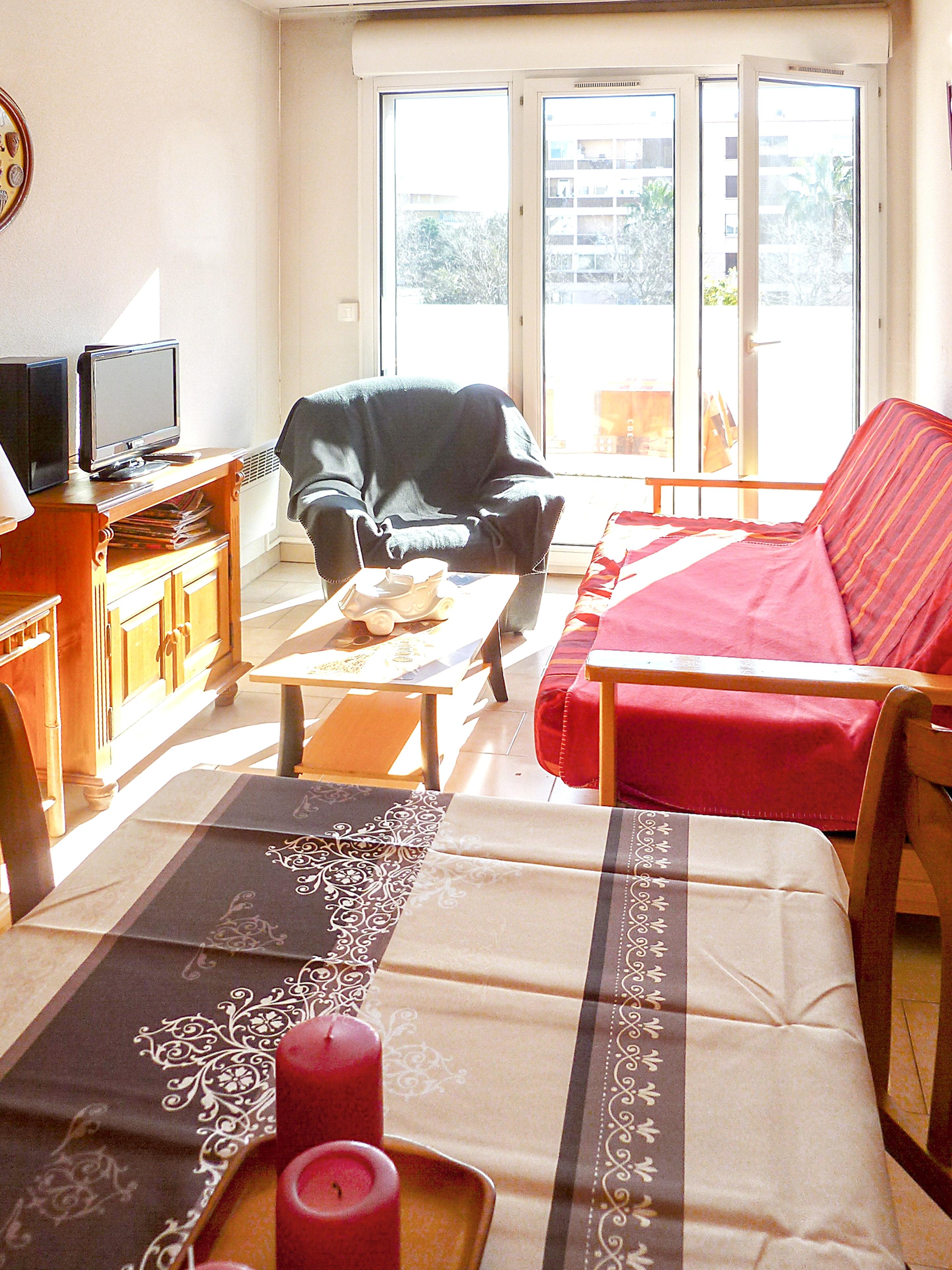 Holiday apartment Wohnung mit einem Schlafzimmer in Fréjus mit schöner Aussicht auf die Stadt, Pool und Balk (2202442), Fréjus, Côte d'Azur, Provence - Alps - Côte d'Azur, France, picture 6