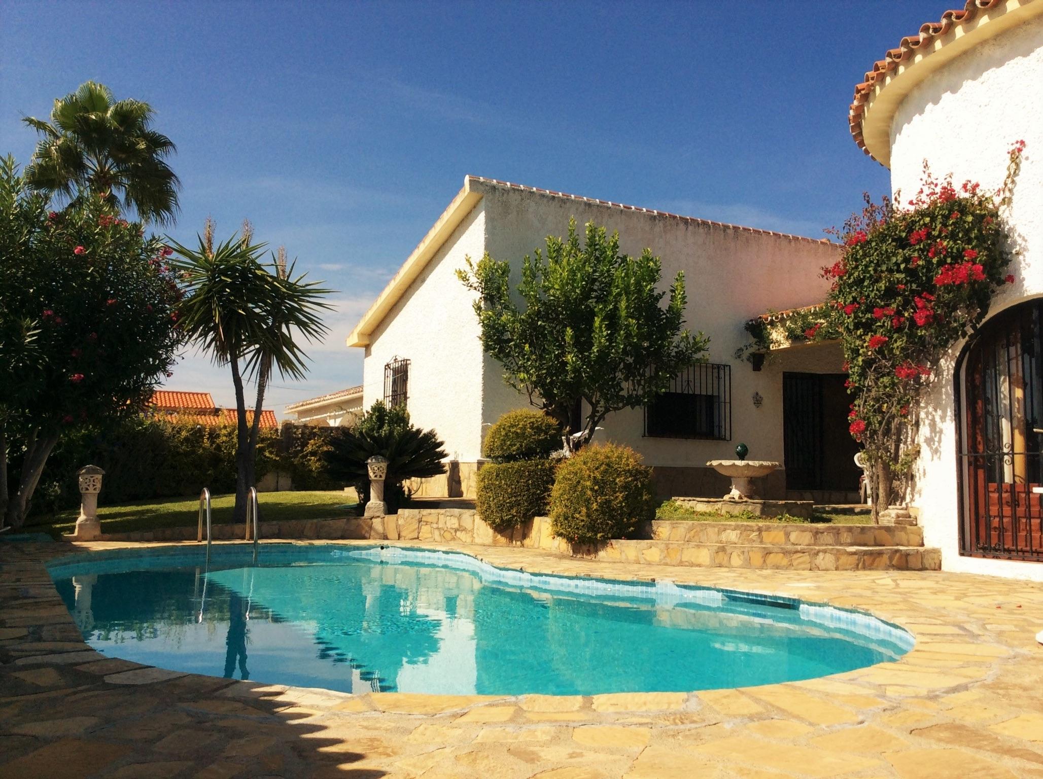 Stilvolles Haus Bei Benajarafe In Andalusien Mit Privatpool Grill