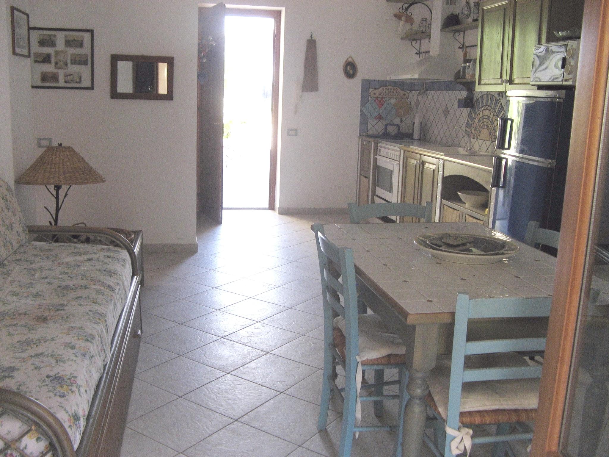 Appartement de vacances Wohnung mit 2 Schlafzimmern in Lipari mit möblierter Terrasse - 20 m vom Strand entfernt (2202323), Lipari, Lipari, Sicile, Italie, image 4