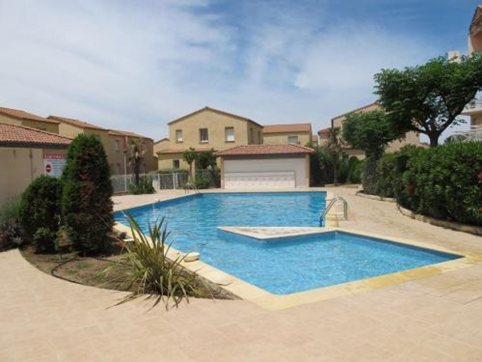 Ferienhaus Villa mit 2 Zimmern in Valras-Plage mit Pool und eingezäuntem Garten - 50 m vom Strand ent (2218190), Valras Plage, Mittelmeerküste Hérault, Languedoc-Roussillon, Frankreich, Bild 1