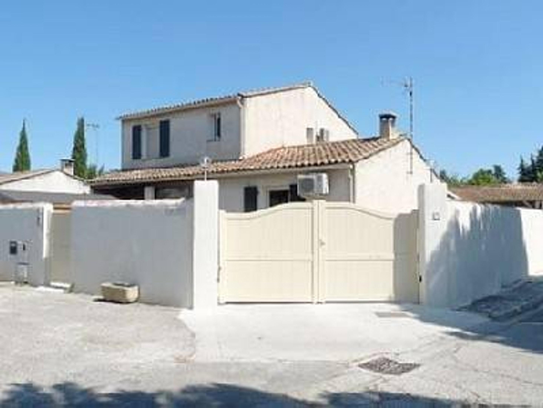 Maison de vacances Villa mit 3 Schlafzimmern in L'Isle-sur-la-Sorgue mit privatem Pool, möblierter Terrasse u (2208394), L'Isle sur la Sorgue, Vaucluse, Provence - Alpes - Côte d'Azur, France, image 3