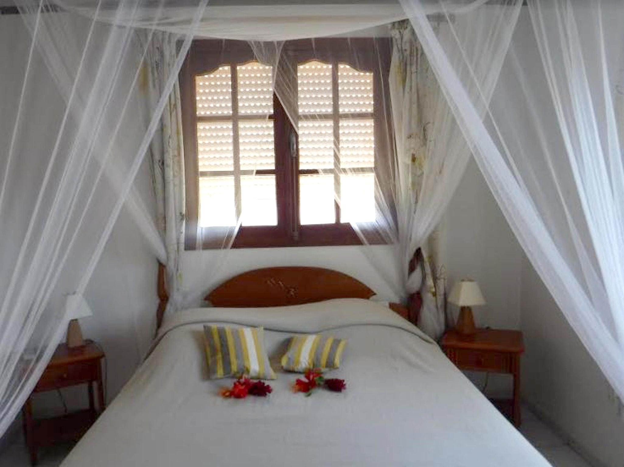Bungalow mit 2 Schlafzimmern in Bouillante  mit he Hütte in Guadeloupe