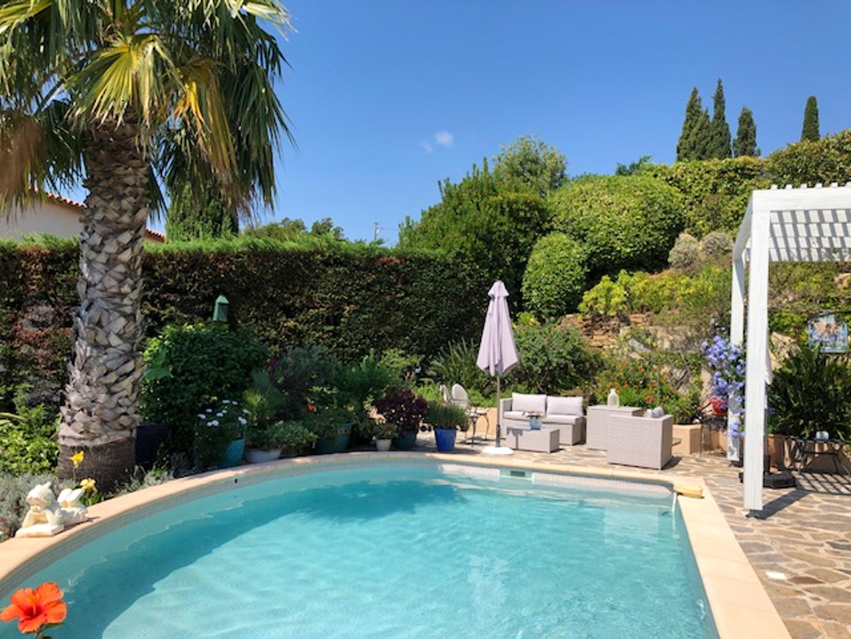 Ferienhaus Villa mit 4 Schlafzimmern in La Croix-Valmer mit herrlichem Meerblick, privatem Pool, eing (2202594), La Croix Valmer, Côte d'Azur, Provence - Alpen - Côte d'Azur, Frankreich, Bild 22