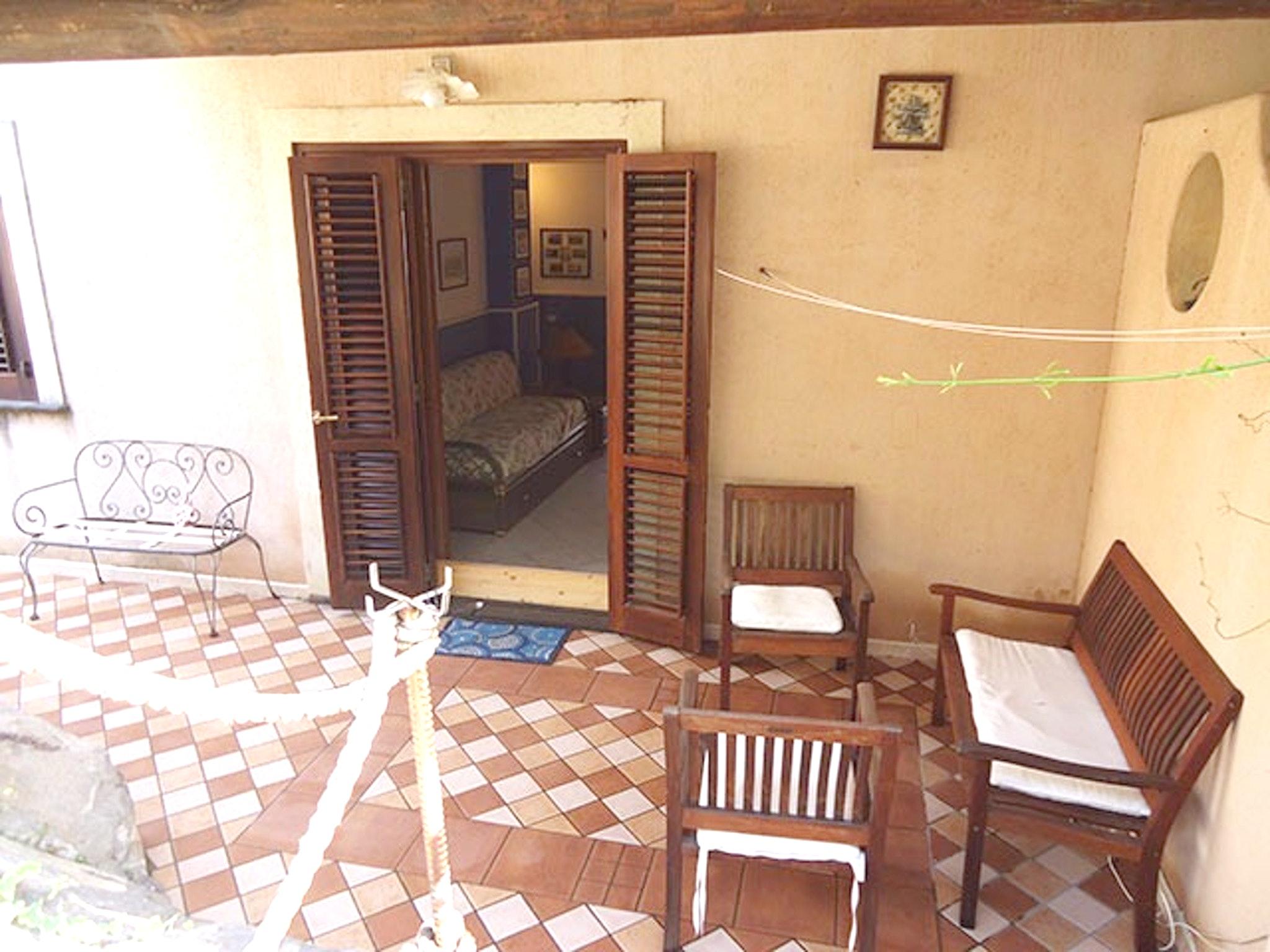 Appartement de vacances Wohnung mit 2 Schlafzimmern in Lipari mit möblierter Terrasse - 20 m vom Strand entfernt (2202323), Lipari, Lipari, Sicile, Italie, image 2