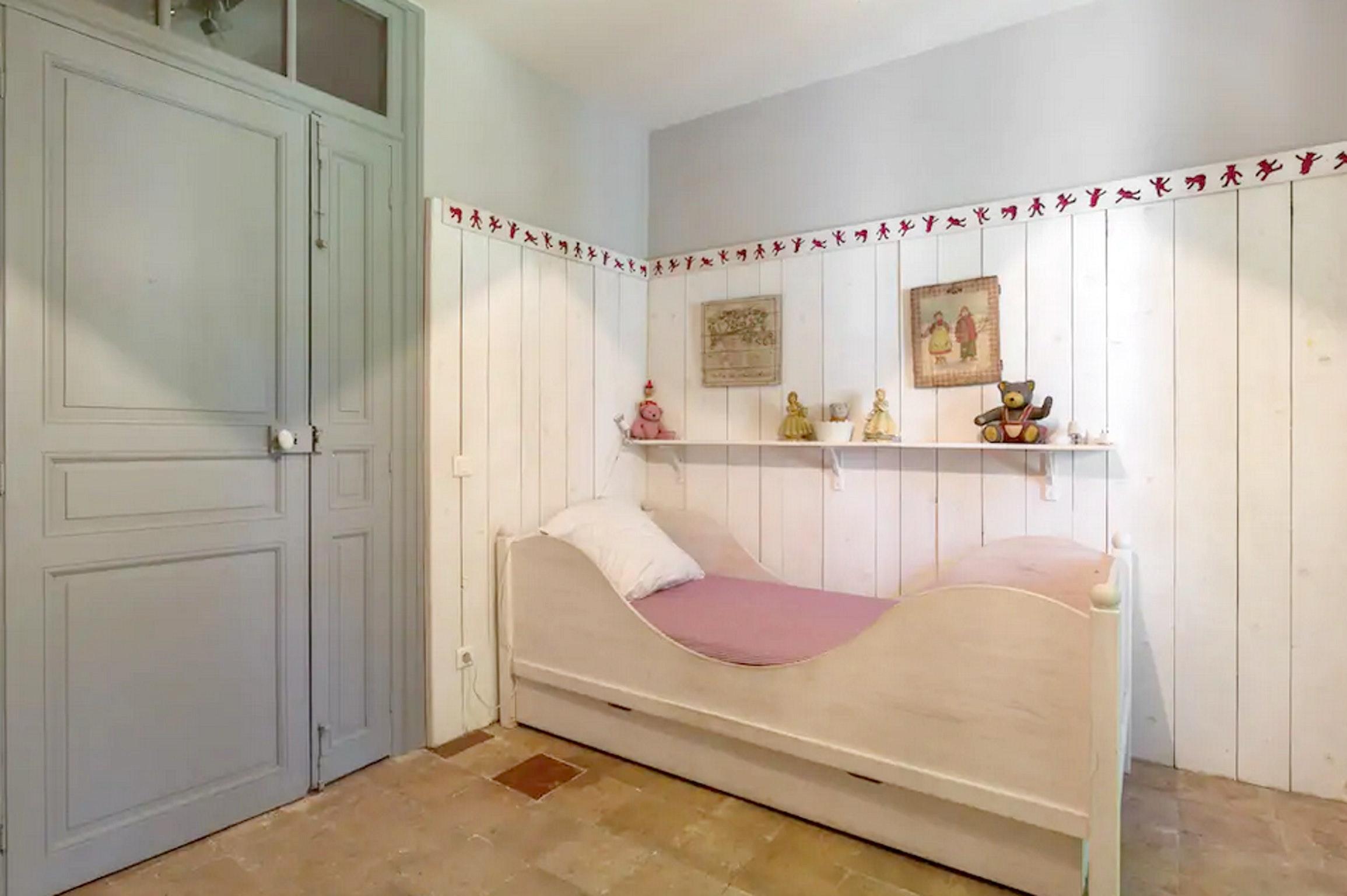 Maison de vacances Villa mit 6 Schlafzimmern in L'Isle-sur-la-Sorgue mit privatem Pool, möbliertem Garten und (2647203), L'Isle sur la Sorgue, Vaucluse, Provence - Alpes - Côte d'Azur, France, image 37