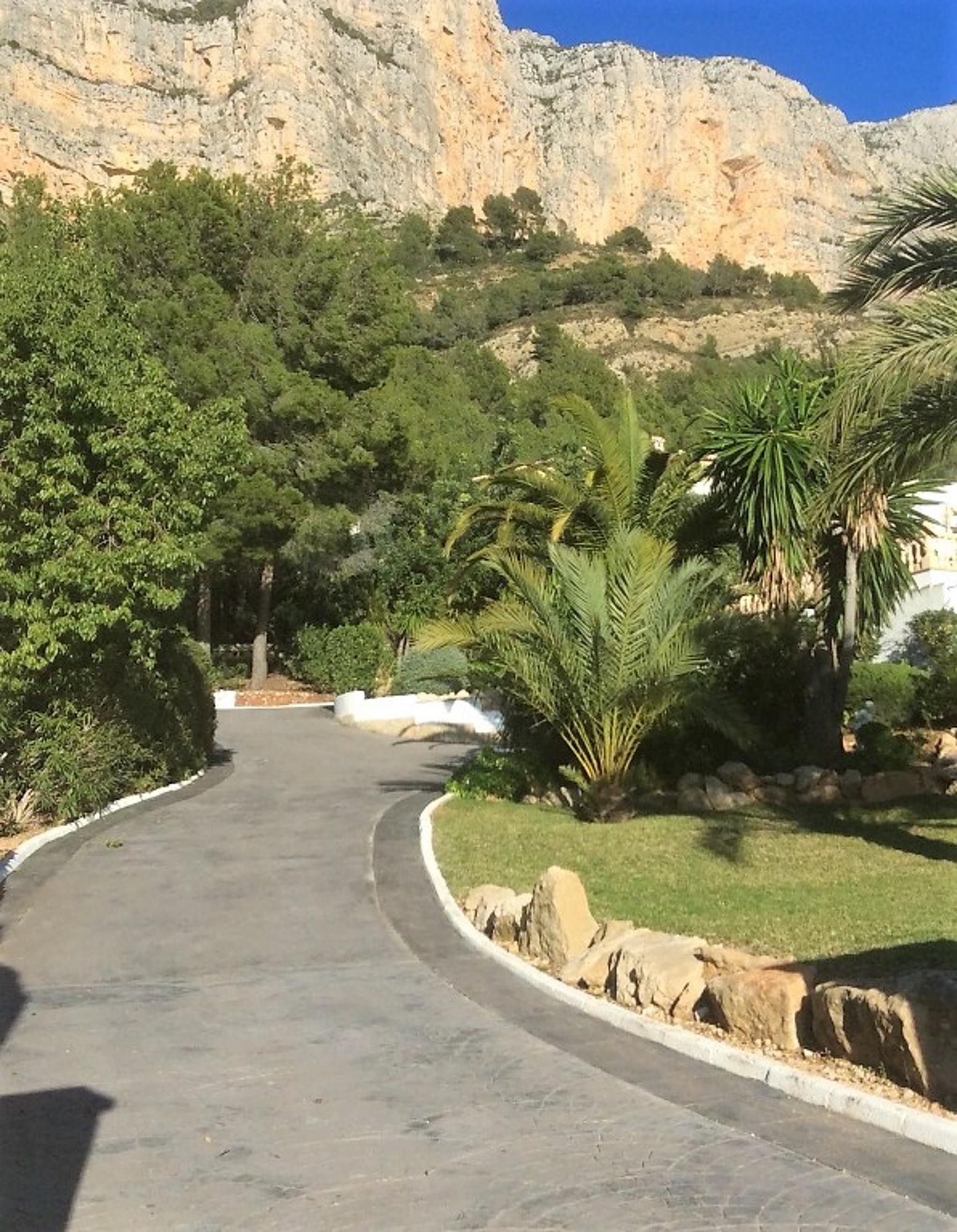 Ferienhaus Geräumige Villa mit fünf Schlafzimmer in Javea mit möblierter Terrasse, Pool und toller Au (2201168), Jávea, Costa Blanca, Valencia, Spanien, Bild 18
