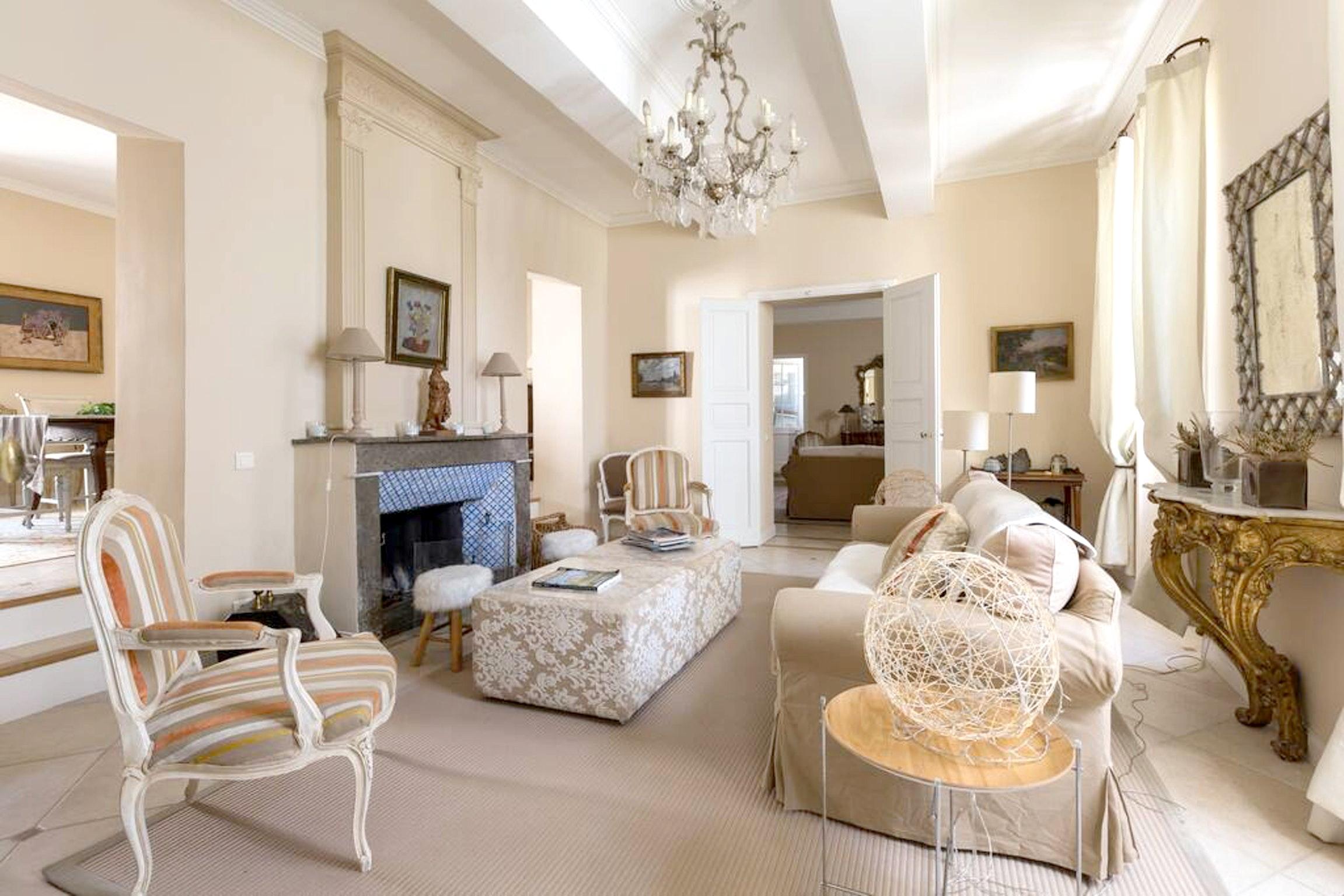Maison de vacances Villa mit 6 Schlafzimmern in L'Isle-sur-la-Sorgue mit privatem Pool, möbliertem Garten und (2647203), L'Isle sur la Sorgue, Vaucluse, Provence - Alpes - Côte d'Azur, France, image 12
