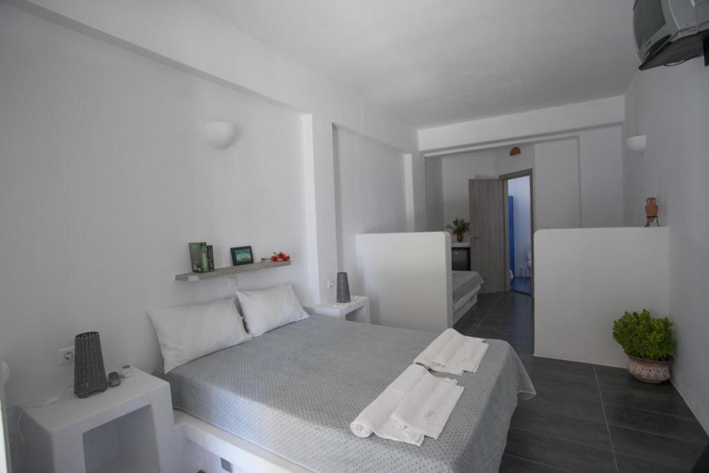 Holiday apartment Studio in Aliki mit herrlichem Meerblick, möblierter Terrasse und W-LAN (2201967), Aliki, Paros, Cyclades, Greece, picture 6