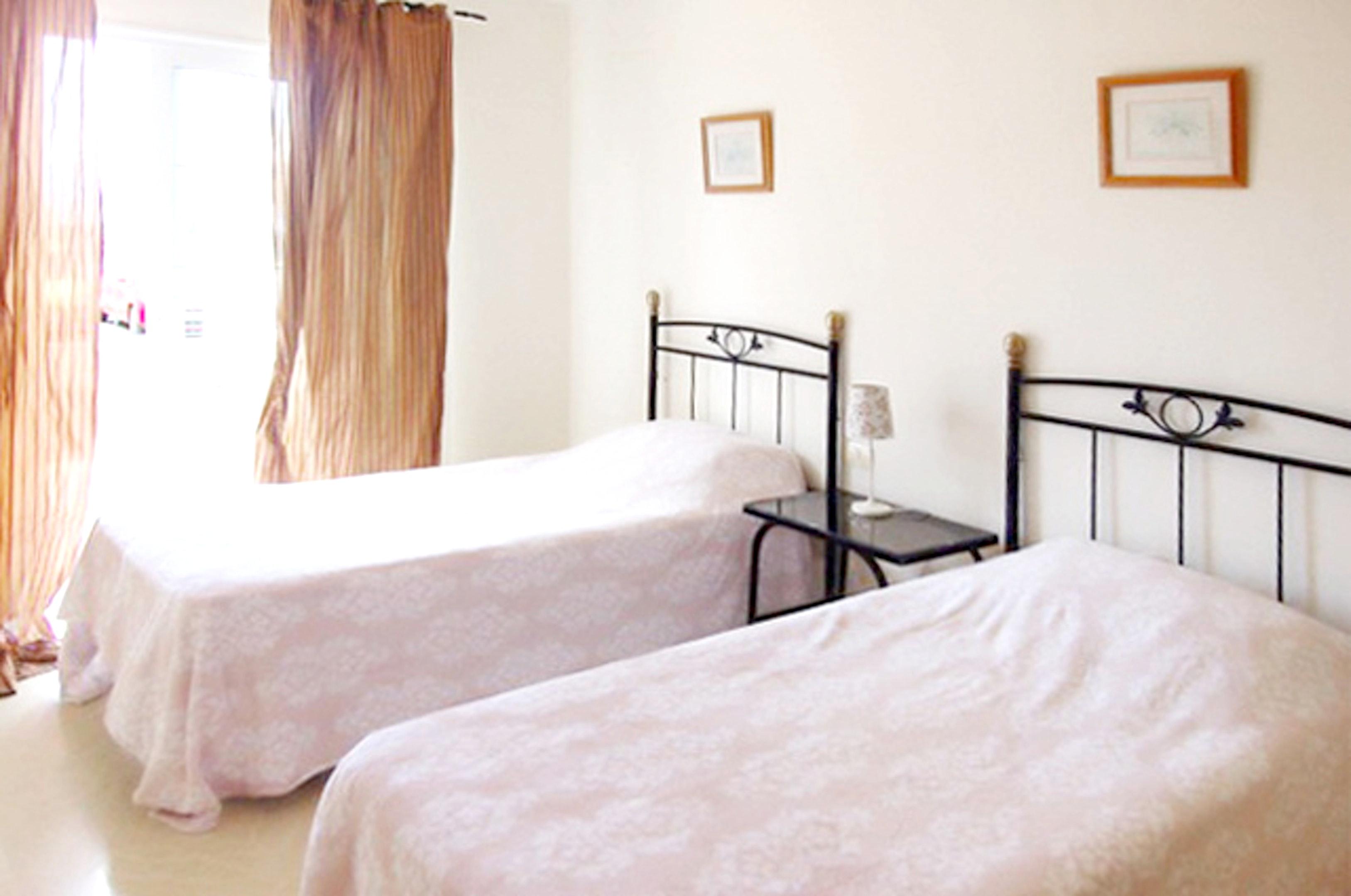 Appartement de vacances Wohnung mit 2 Schlafzimmern in Palm-Mar mit Pool, möblierter Terrasse und W-LAN - 800 m vo (2201692), Palm-Mar, Ténérife, Iles Canaries, Espagne, image 15