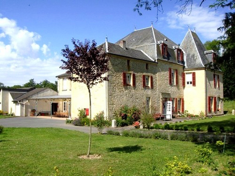 Ferienwohnung Wohnung mit 6 Schlafzimmern in Lametz mit möbliertem Garten und W-LAN (2208309), Lametz, Ardennes, Champagne-Ardennes, Frankreich, Bild 1