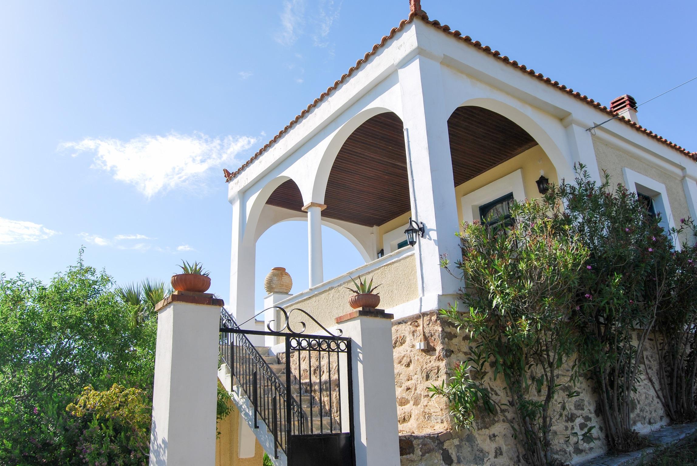Sonnige Villa mit 5 Schlafzimmern WLAN und fantastischem Blick auf die Ägäis 250m zum Strand