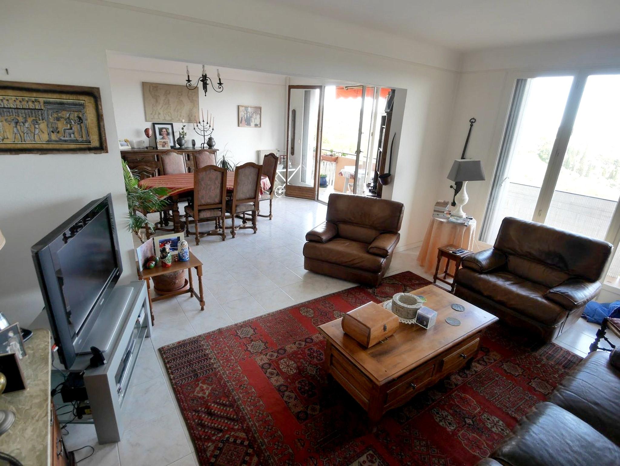 Wohnung mit 2 Schlafzimmern in Grasse mit herrlich Ferienwohnung