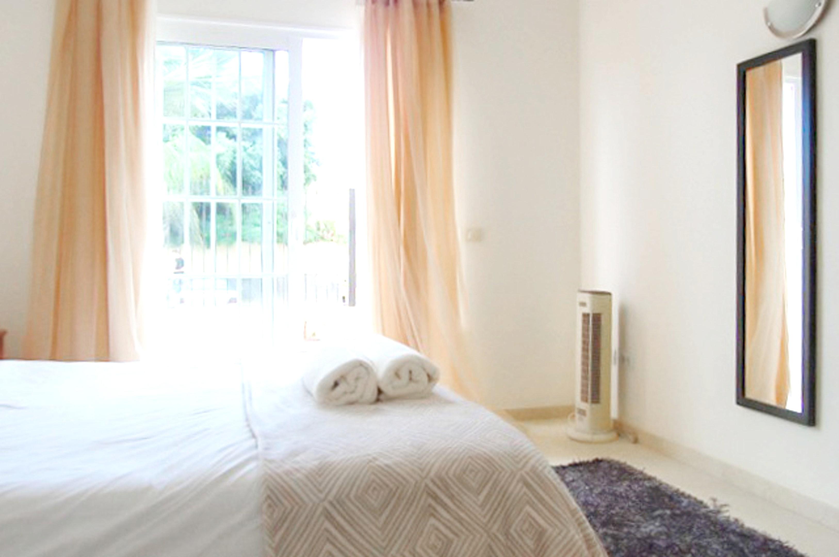 Appartement de vacances Wohnung mit 2 Schlafzimmern in Palm-Mar mit Pool, möblierter Terrasse und W-LAN - 800 m vo (2201692), Palm-Mar, Ténérife, Iles Canaries, Espagne, image 4