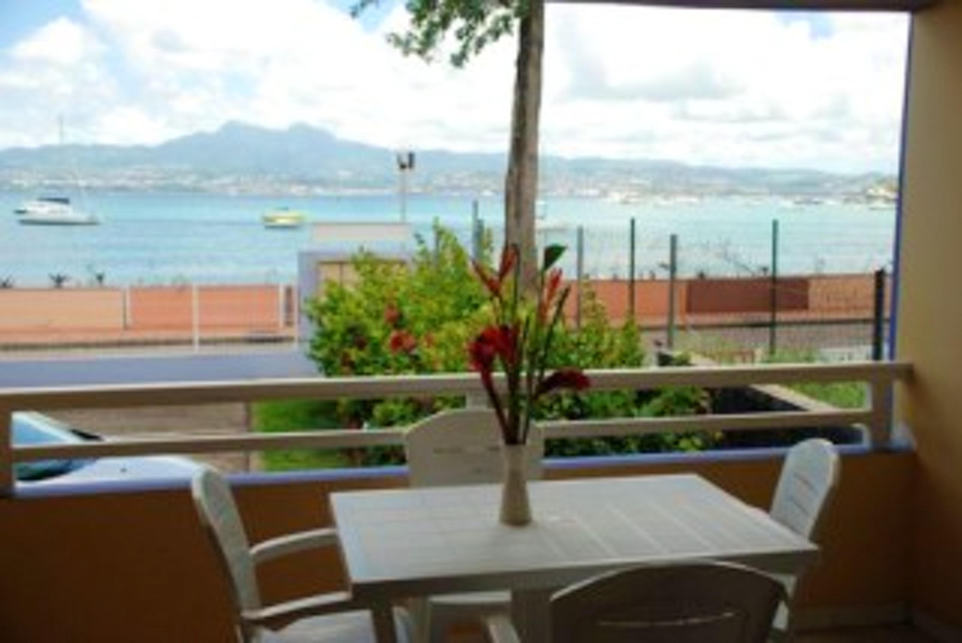 Wohnung mit einem Schlafzimmer in Les Trois-Îlets mit herrlichem Meerblick, eingezäuntem Garten und W-LAN - 20 m vom Strand entfernt
