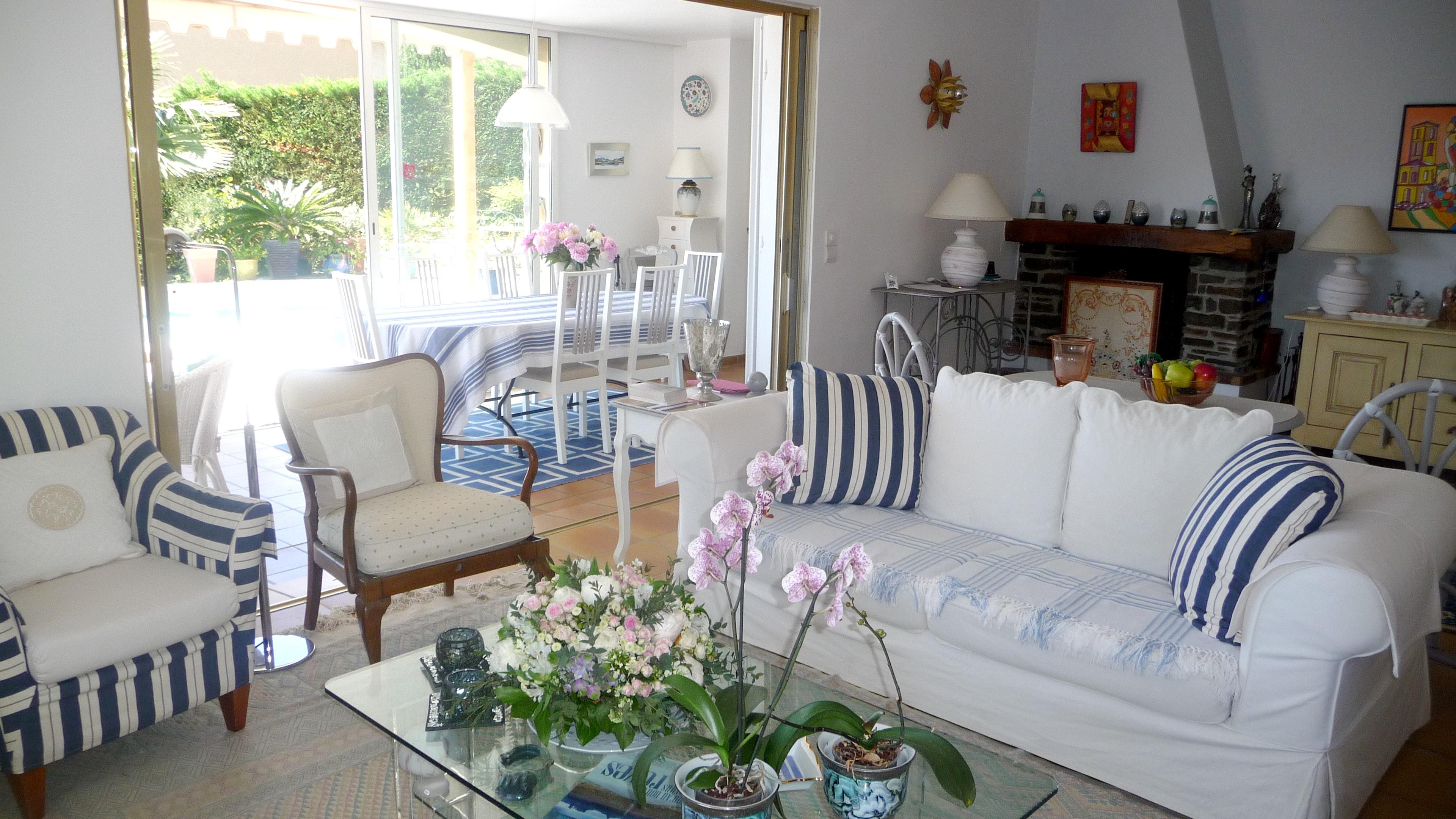 Ferienhaus Villa mit 4 Schlafzimmern in La Croix-Valmer mit herrlichem Meerblick, privatem Pool, eing (2202594), La Croix Valmer, Côte d'Azur, Provence - Alpen - Côte d'Azur, Frankreich, Bild 3