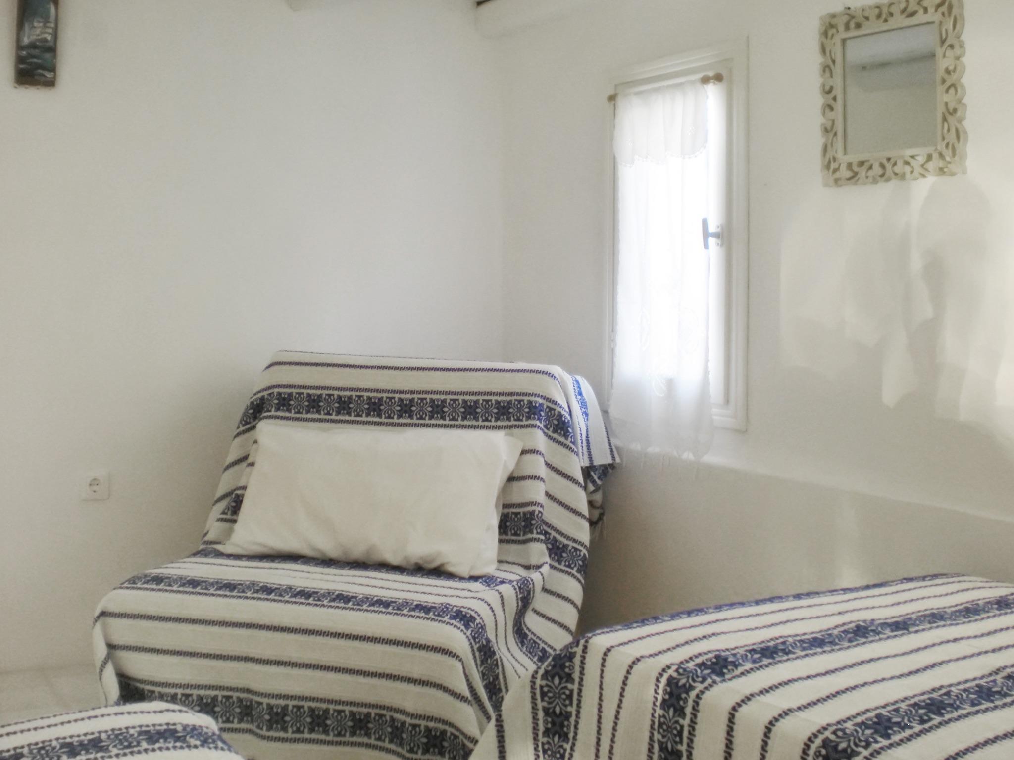 Ferienhaus Villa im Kykladen-Stil auf Paros (Griechenland), mit 2 Schlafzimmern, Gemeinschaftspool &  (2201782), Paros, Paros, Kykladen, Griechenland, Bild 11
