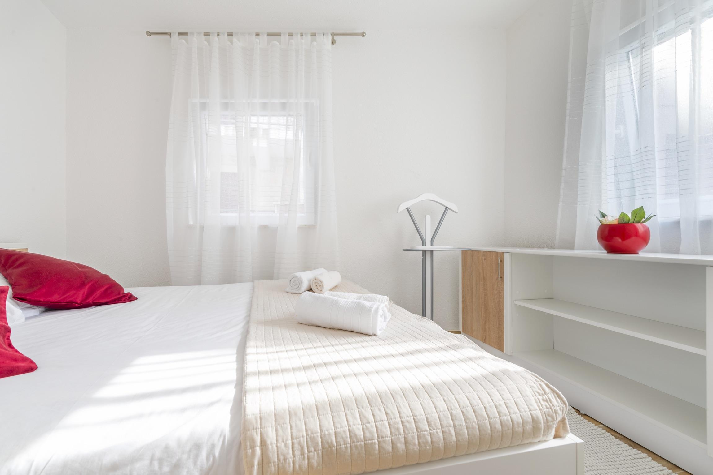 Ferienwohnung Wohnung mit 2 Zimmern in Baaka Voda mit herrlichem Meerblick, möblierter Terrasse und W-L (2201397), Baška Voda, , Dalmatien, Kroatien, Bild 19