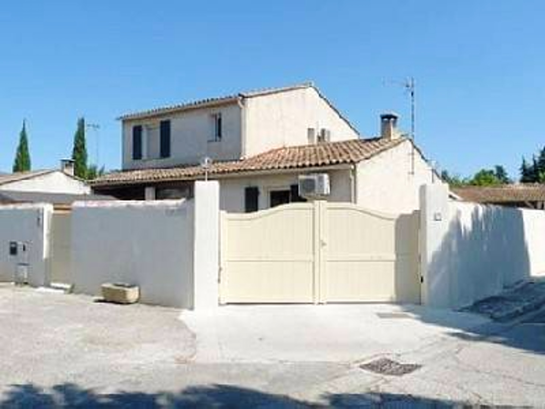 Holiday house Villa mit 3 Schlafzimmern in L'Isle-sur-la-Sorgue mit privatem Pool, möblierter Terrasse u (2208394), L'Isle sur la Sorgue, Vaucluse, Provence - Alps - Côte d'Azur, France, picture 3