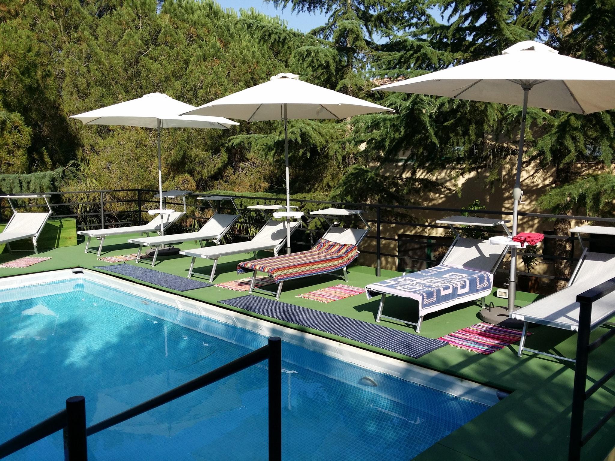 Monolocale a Modica, con accesso alla piscina, terrazza attrezzata e ...
