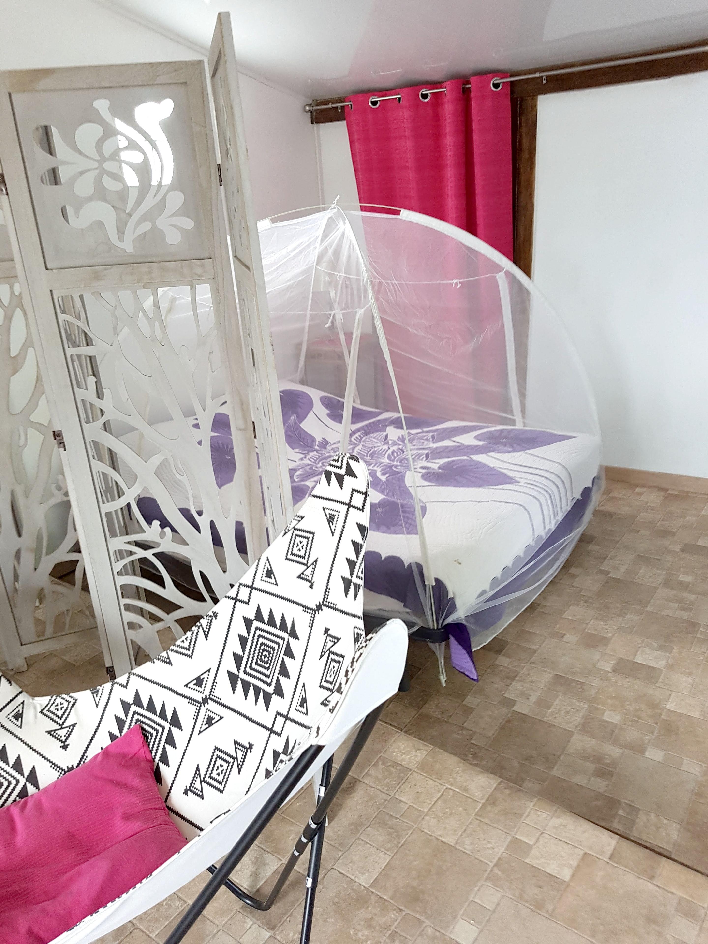 Ferienhaus Bungalow mit einem Schlafzimmer in Sainte-Anne mit eingezäuntem Garten und W-LAN - 3 km vo (2663912), Sainte-Anne (Guadeloupe), Grande-Terre, Guadeloupe, Karibische Inseln, Bild 4