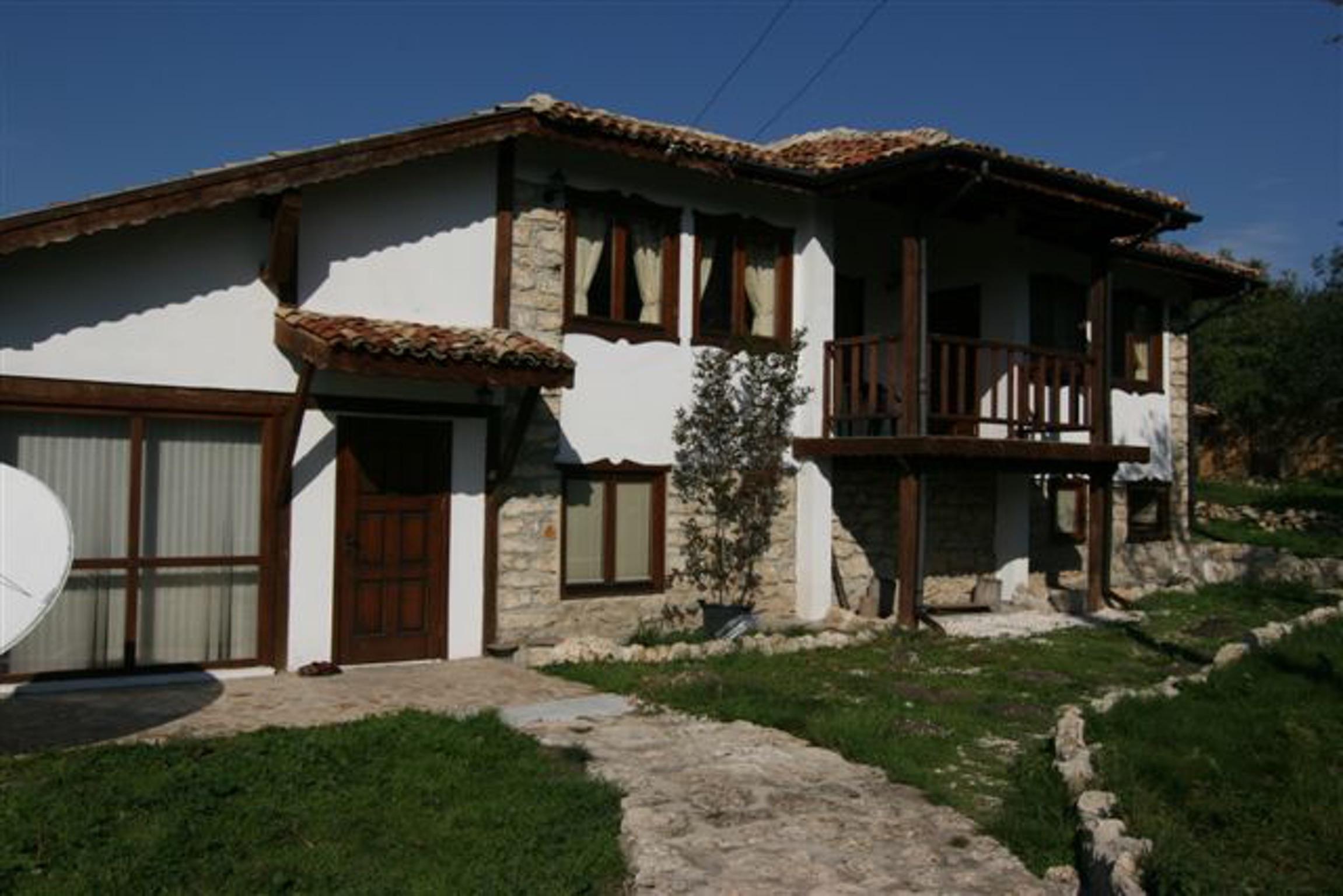 Luxuriöse Villa in Zornitsa Bulgarien mit schönem Pool und Garten