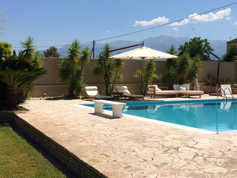 Haus mit 4 Schlafzimmern in Roitika mit herrlichem Meerblick privatem Pool eingezäuntem Garten 300 m vom Strand entfernt