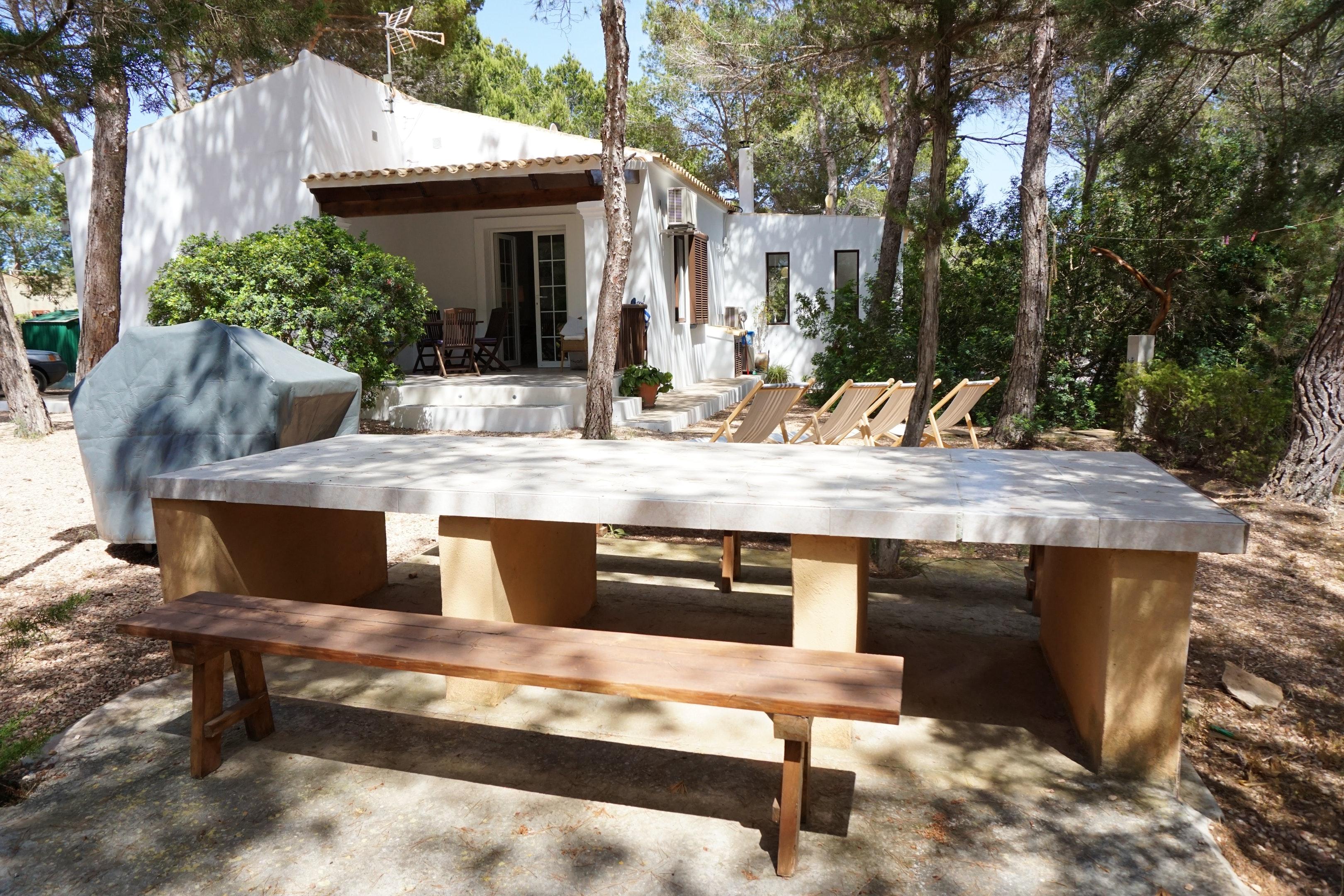 Maison de vacances Haus mit 2 Schlafzimmern in Platja de Migjorn mit möbliertem Garten und W-LAN - 500 m vom  (2401818), San Fernando, Formentera, Iles Baléares, Espagne, image 1
