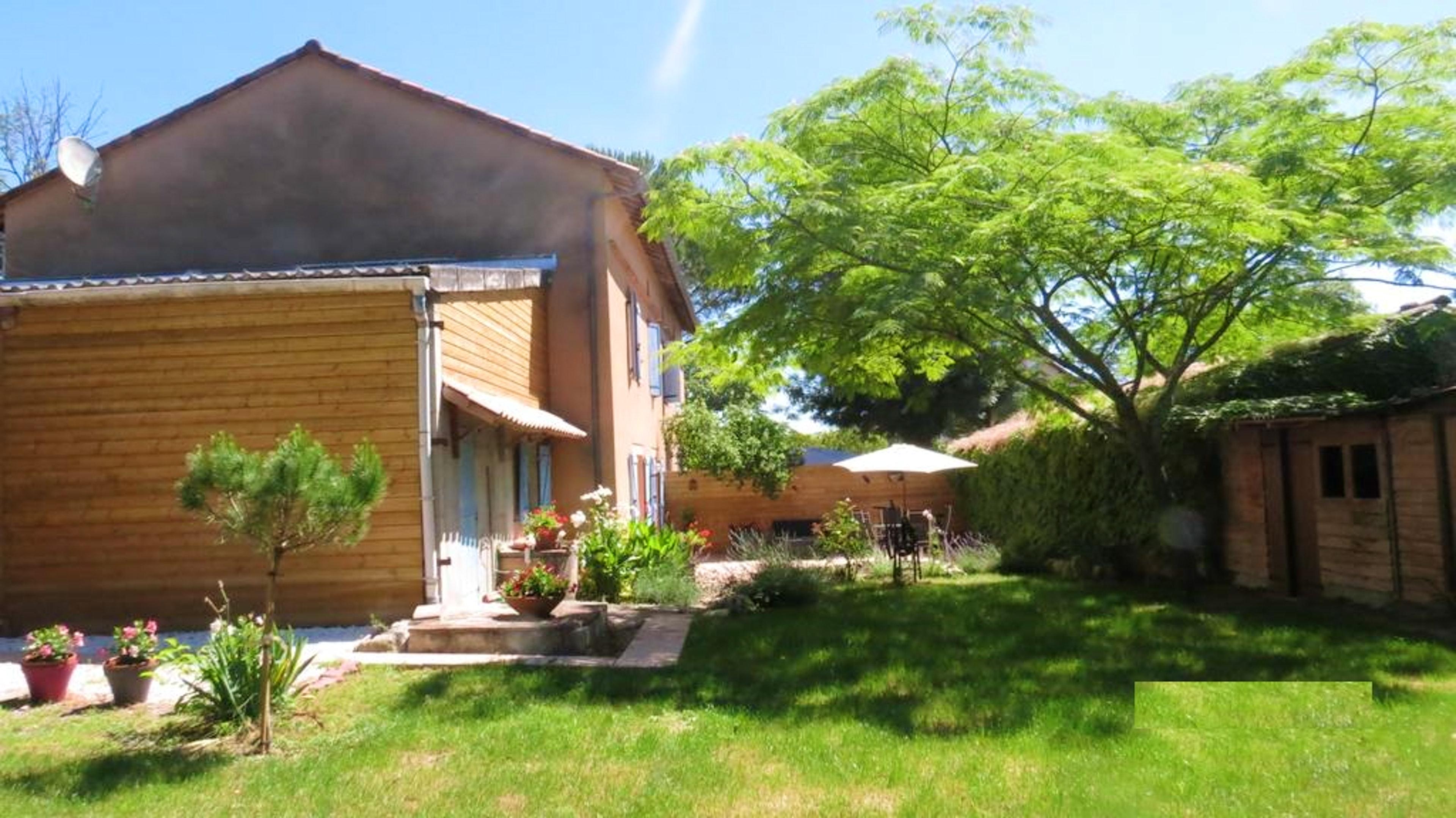 Ferienhaus Haus mit 4 Schlafzimmern in Gaillac mit eingezäuntem Garten und W-LAN (2339979), Gaillac, Tarn, Midi-Pyrénées, Frankreich, Bild 1