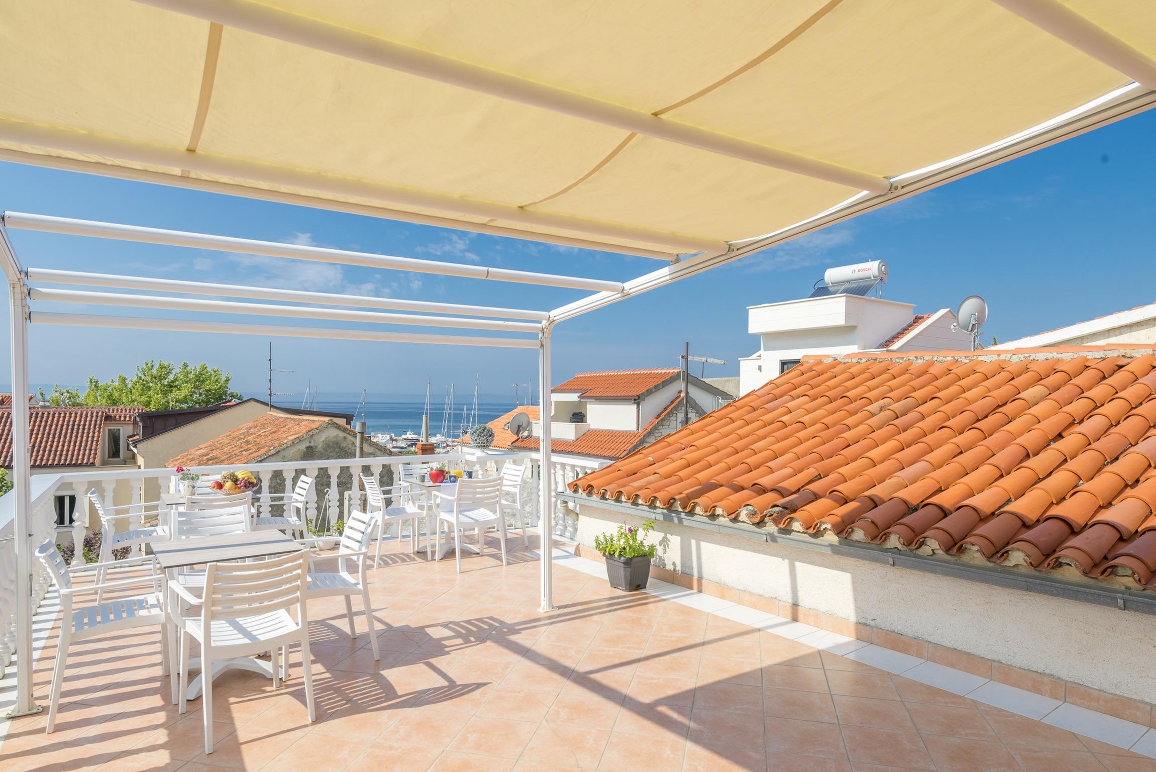 Ferienwohnung Wohnung mit 2 Zimmern in Baaka Voda mit herrlichem Meerblick, möblierter Terrasse und W-L (2201397), Baška Voda, , Dalmatien, Kroatien, Bild 9