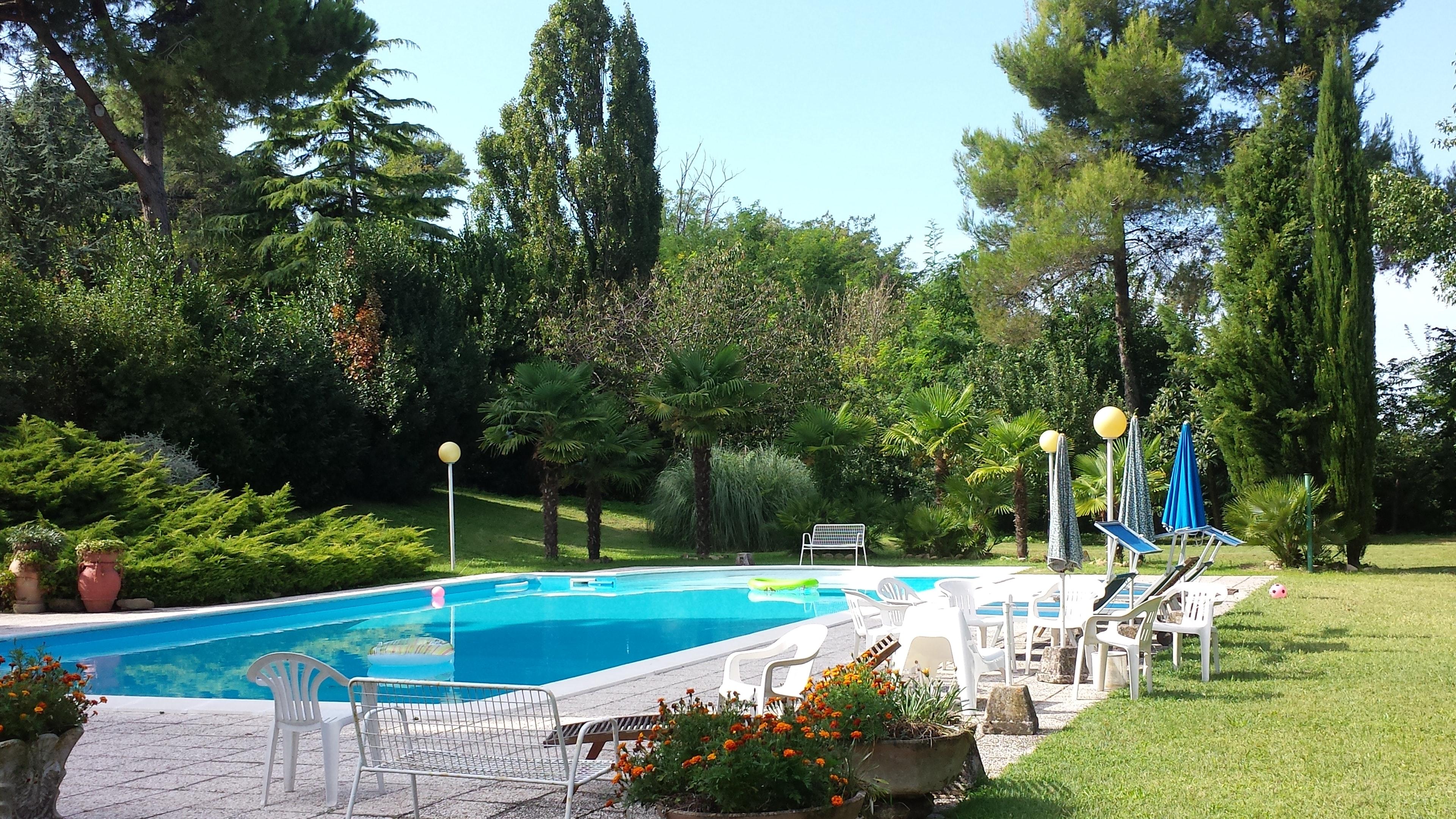 Ferienwohnung Wohnung mit 3 Schlafzimmern in Pesaro mit Pool, eingezäuntem Garten und W-LAN - 4 km vom S (2339355), Pesaro, Pesaro und Urbino, Marken, Italien, Bild 2