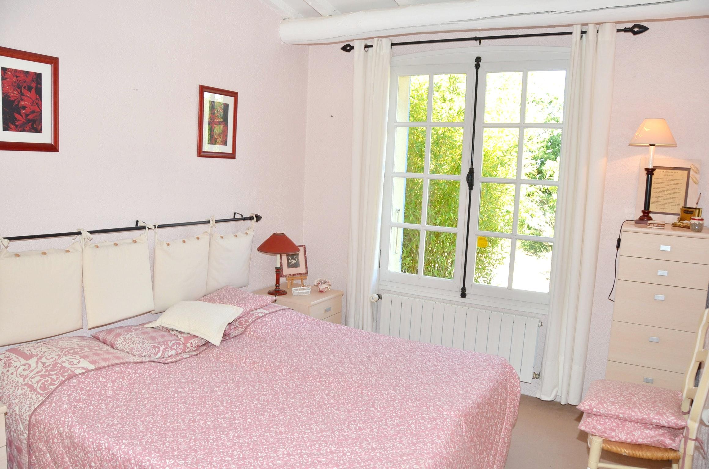 Ferienhaus Villa mit 4 Schlafzimmern in Pernes-les-Fontaines mit toller Aussicht auf die Berge, priva (2519446), Pernes les Fontaines, Saône-et-Loire, Burgund, Frankreich, Bild 39
