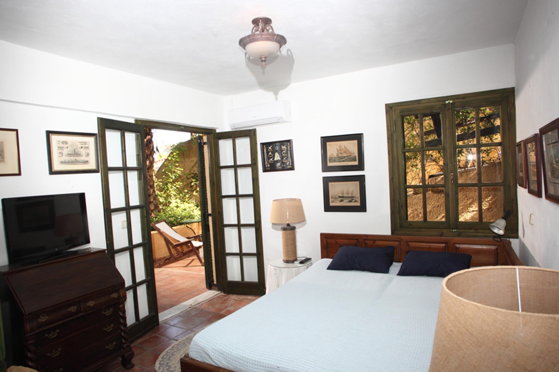 Ferienhaus Villa mit 4 Zimmern in Kosta mit herrlichem Meerblick, privatem Pool, eingezäuntem Garten  (2271451), Kosta (GR), , Peloponnes, Griechenland, Bild 8