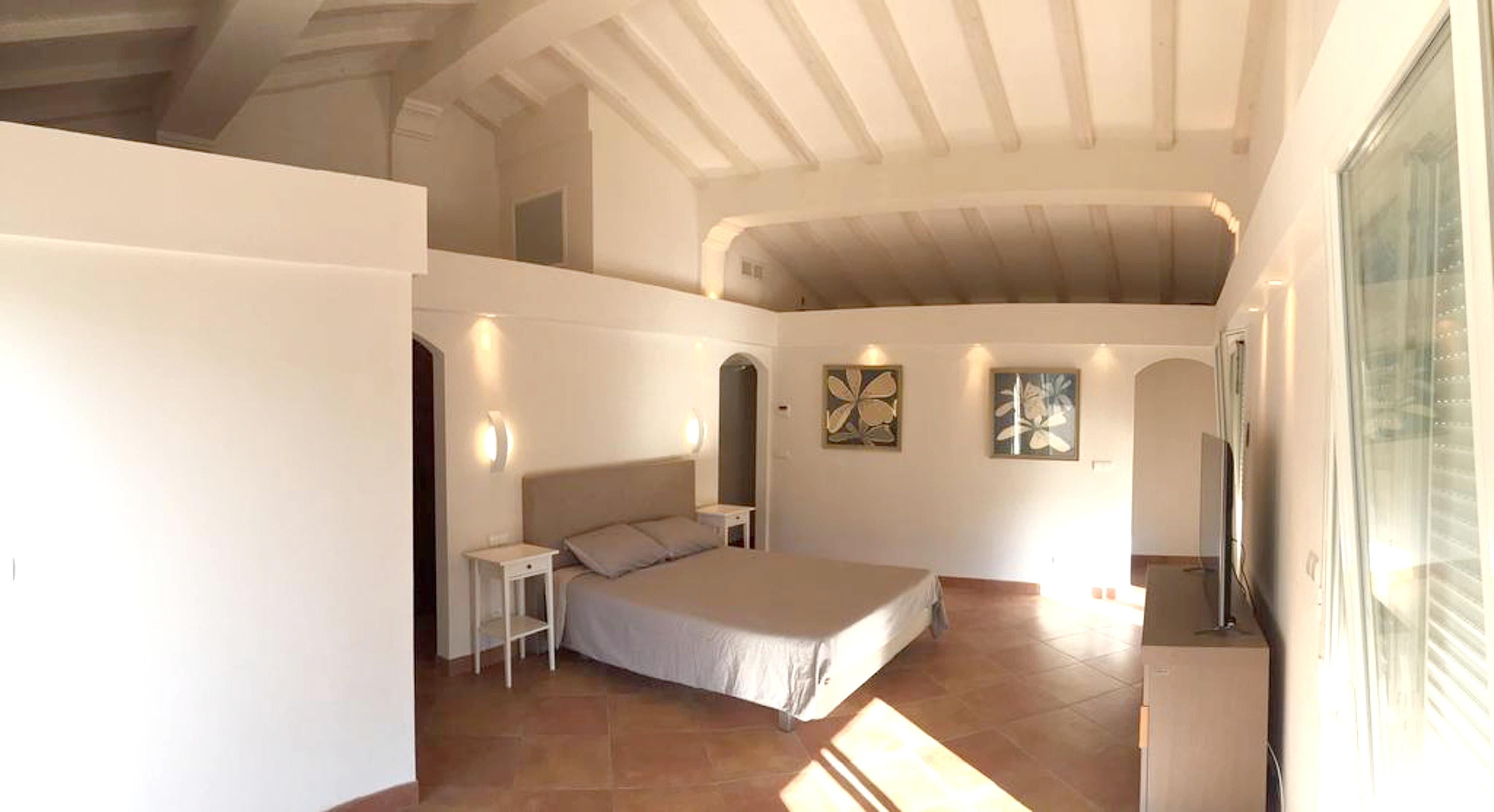 Maison de vacances Villa mit 5 Schlafzimmern in Rayol-Canadel-sur-Mer mit toller Aussicht auf die Berge, priv (2201555), Le Lavandou, Côte d'Azur, Provence - Alpes - Côte d'Azur, France, image 23